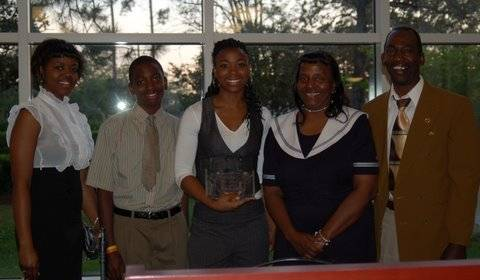 Angel Gray and Ronalda Pierce's family