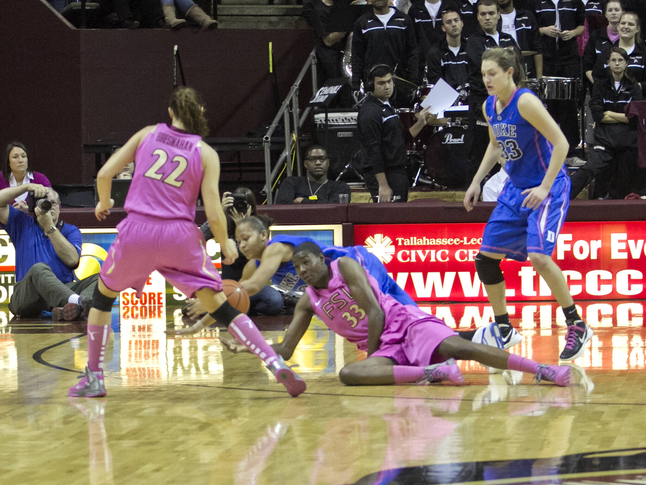 Natasha Howard (33), Olivia Bresnahan (22), FSU vs Duke  02/12/2012