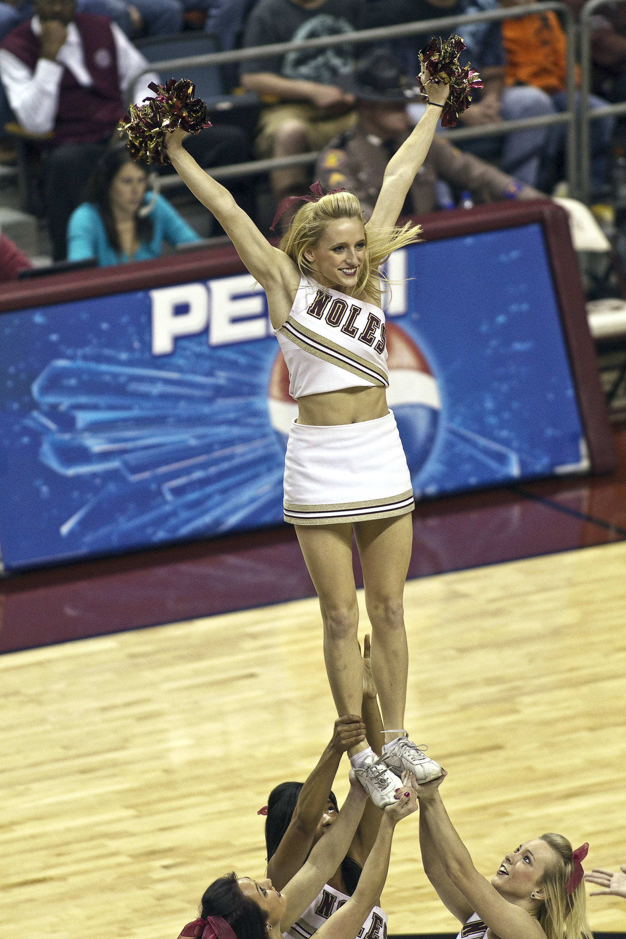 FSU vs North Carolina- 02//02/11 - FSU Cheerleaders