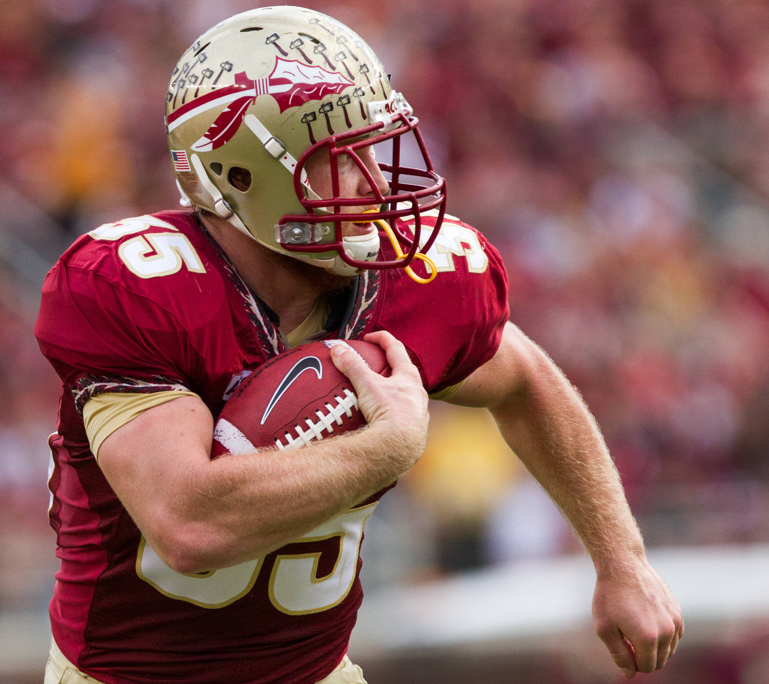 Nick O'Leary (35) runs the ball during FSU Football's 59-3 win over Syracuse on Saturday, November 16, 2013 in Tallahassee, Fla. Photo by Mike Schwarz.