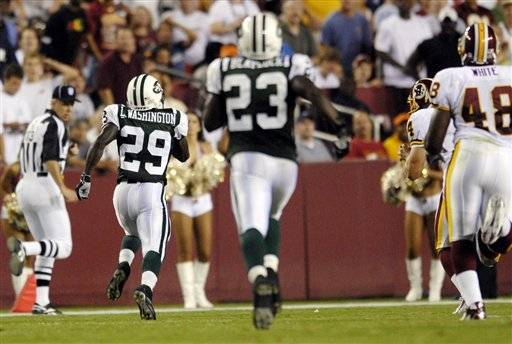 August 22, 2006: Former FSU tailback Leon Washington, now with the New York Jets, returned a kickoff 87 yards for a TD in a victory over the Washington Redskins on August 19th.