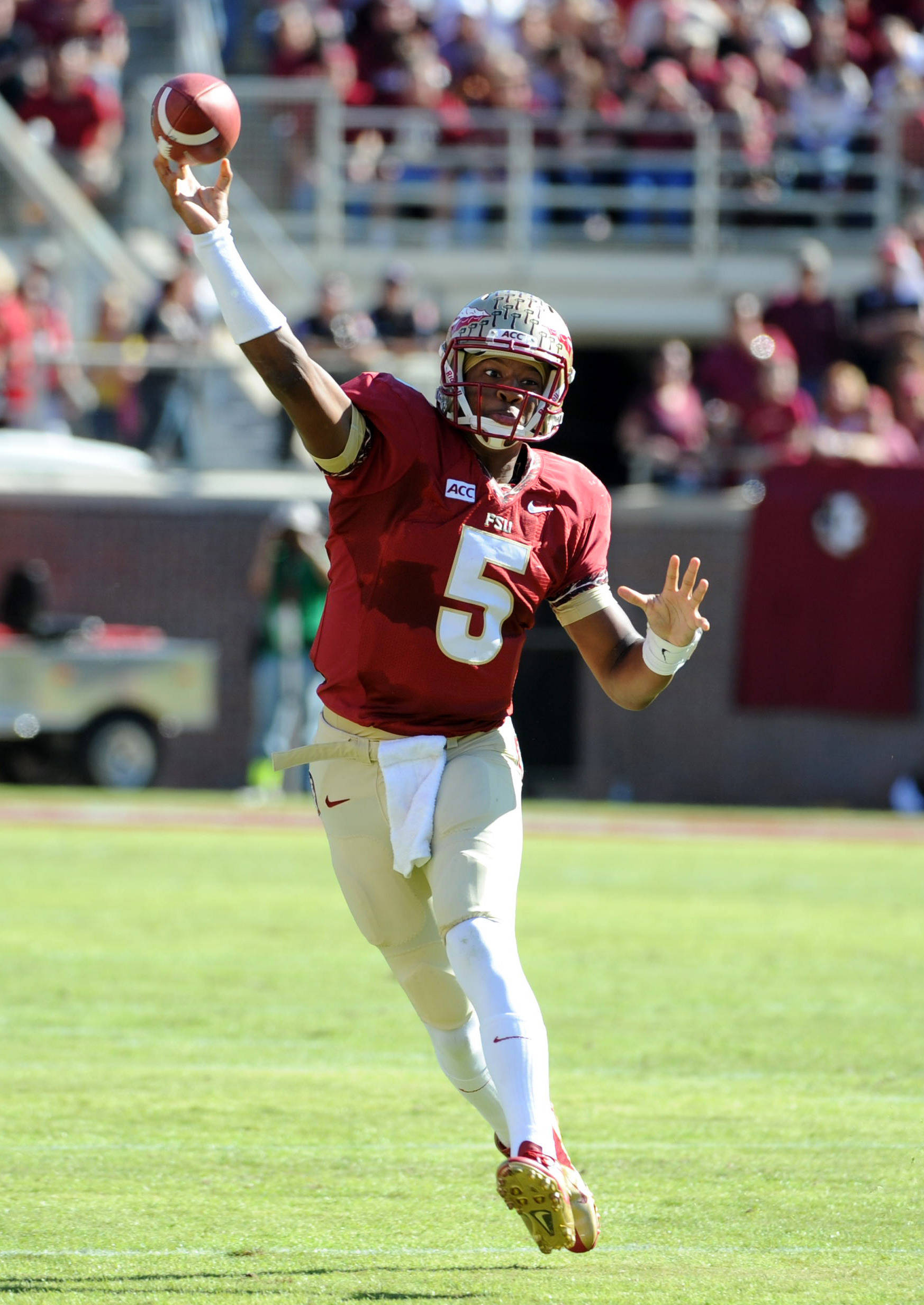 Jameis Winston (5) throws the ball during the first quarter. Mandatory Credit: Melina Vastola-USA TODAY Sports