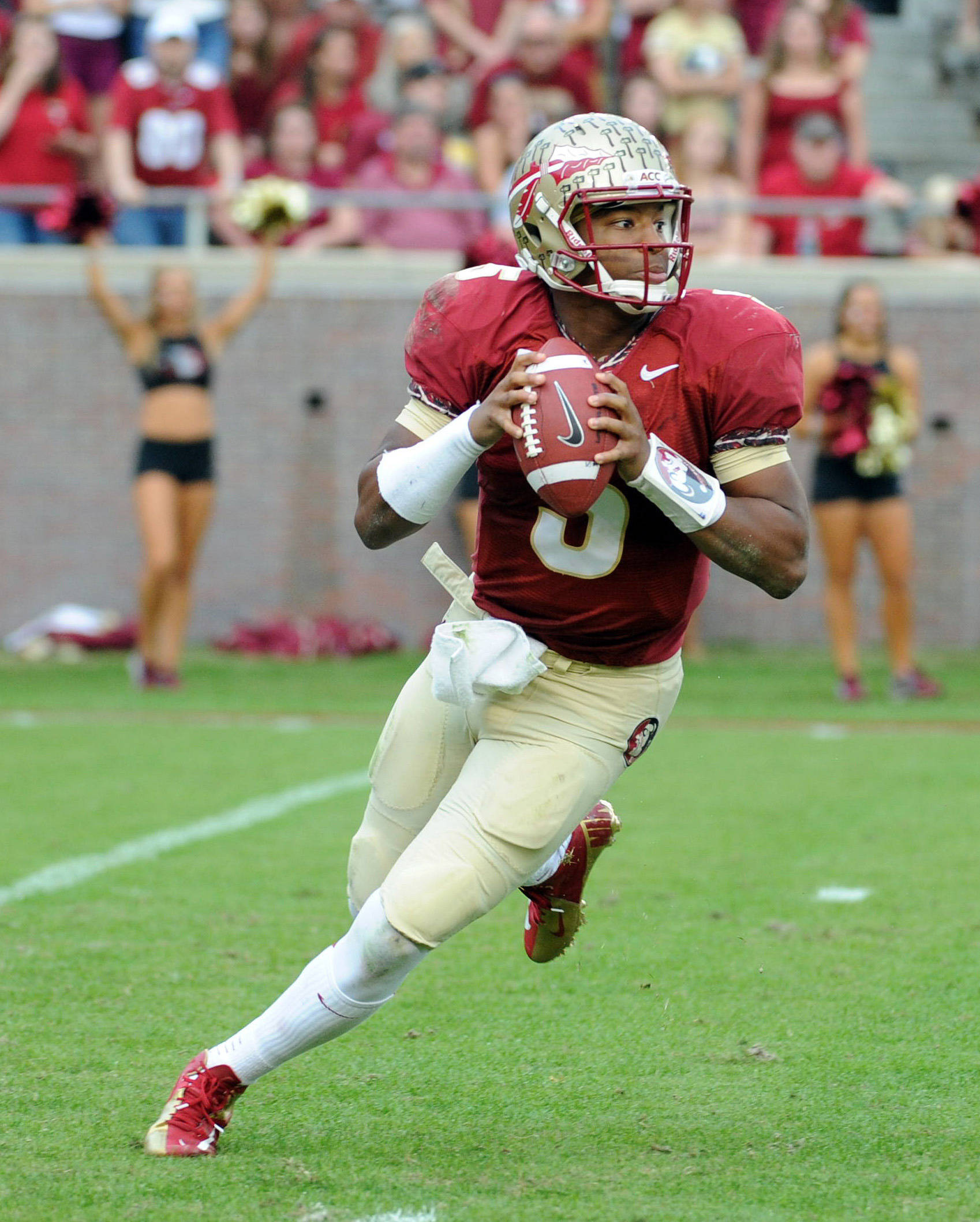 Jameis Winston (5) looks to throw the ball. Mandatory Credit: Melina Vastola-USA TODAY Sports