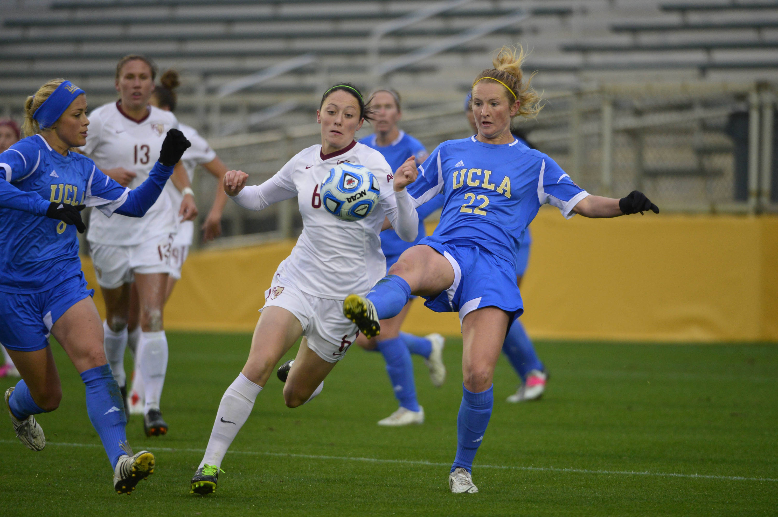 Florida State Seminoles defender Megan Campbell (6) and UCLA Bruins midfield/forward Sam Mewis (22) fight for the ball. Mandatory Credit: Bob Donnan-USA TODAY Sports