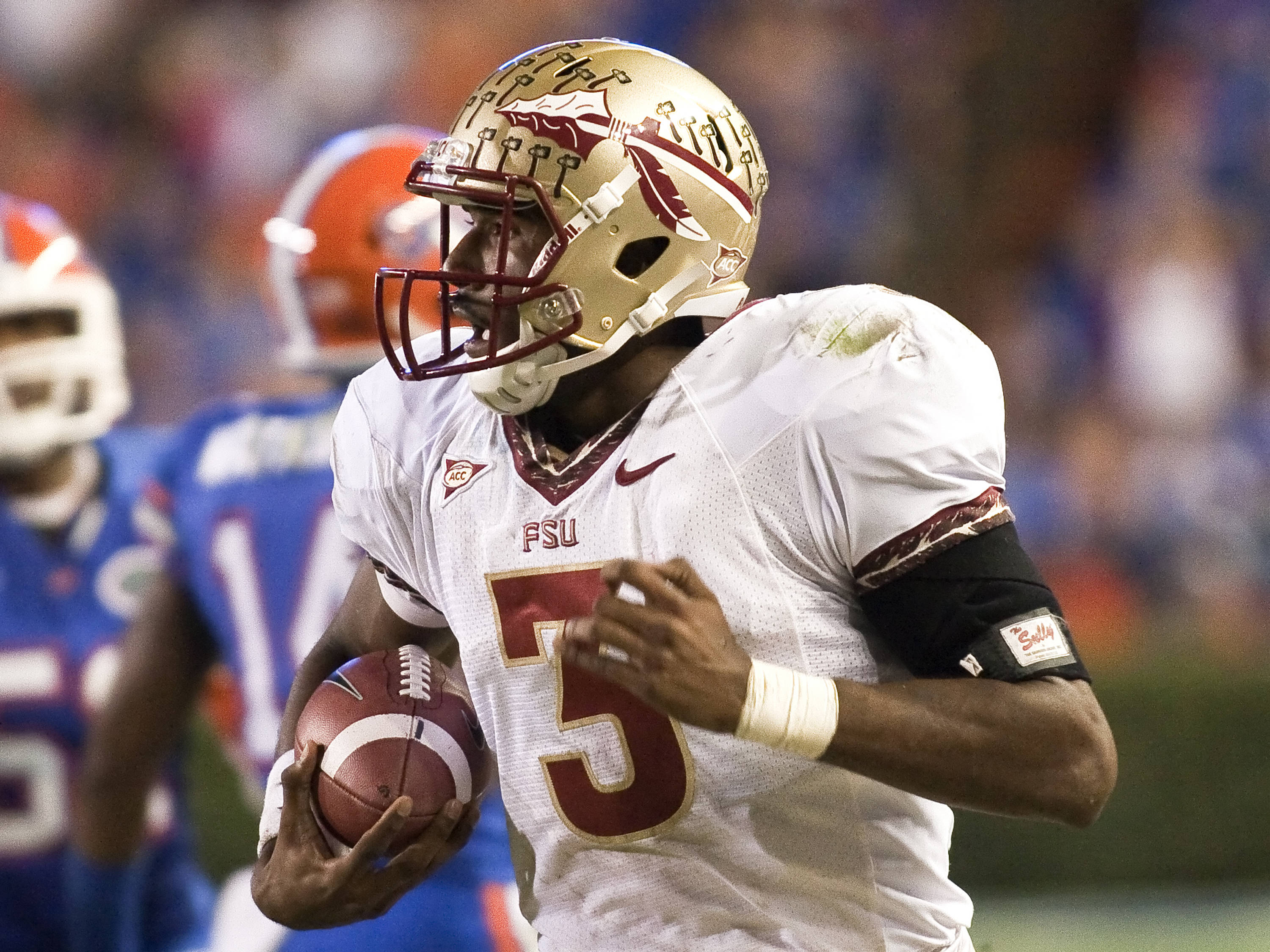 Quarterback EJ Manuel (3) with one of his runs, FSU vs Florida, 11/26/2011