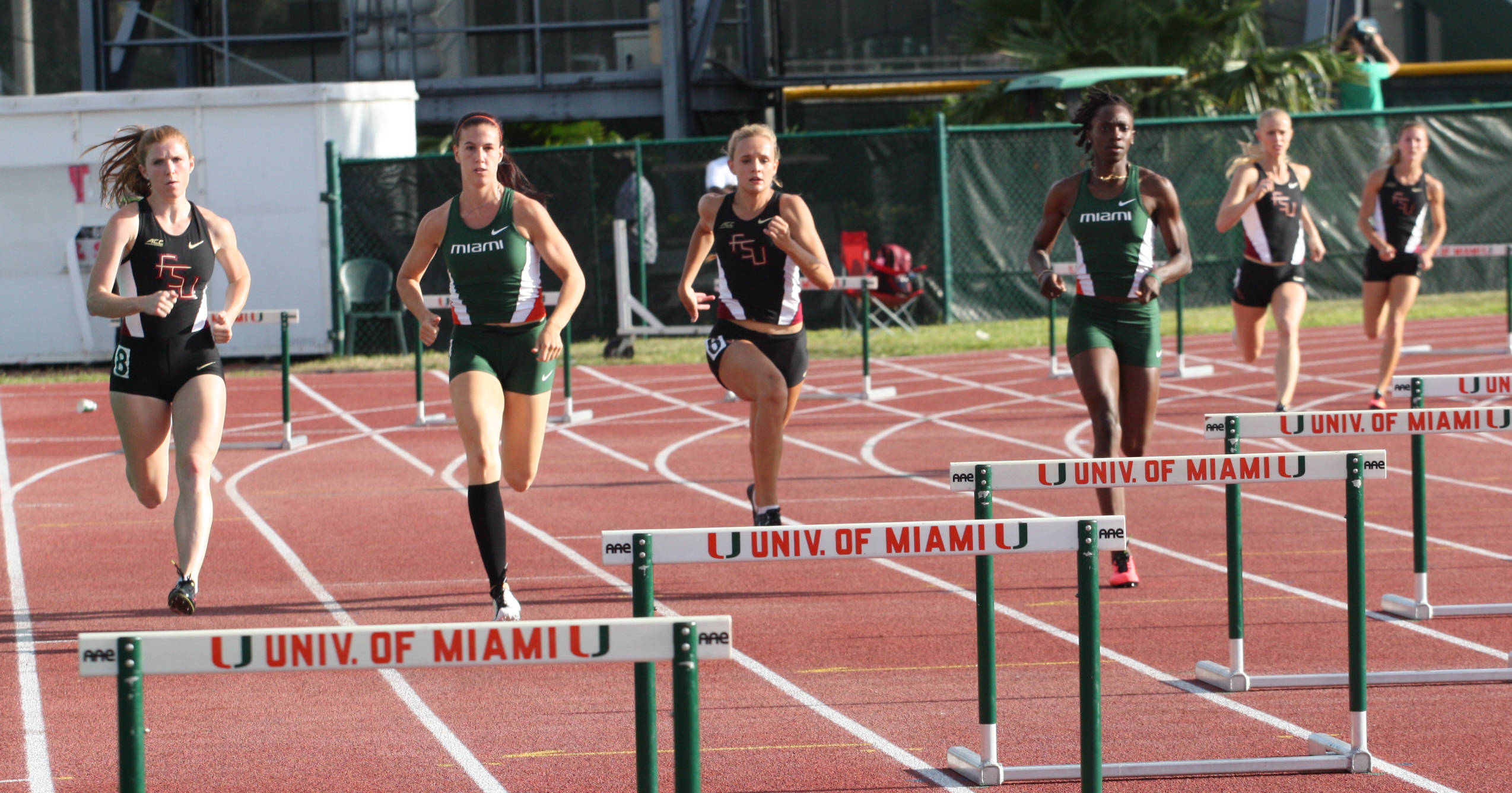 The Seminoles are four-wide in the 400-meter hurdles.
