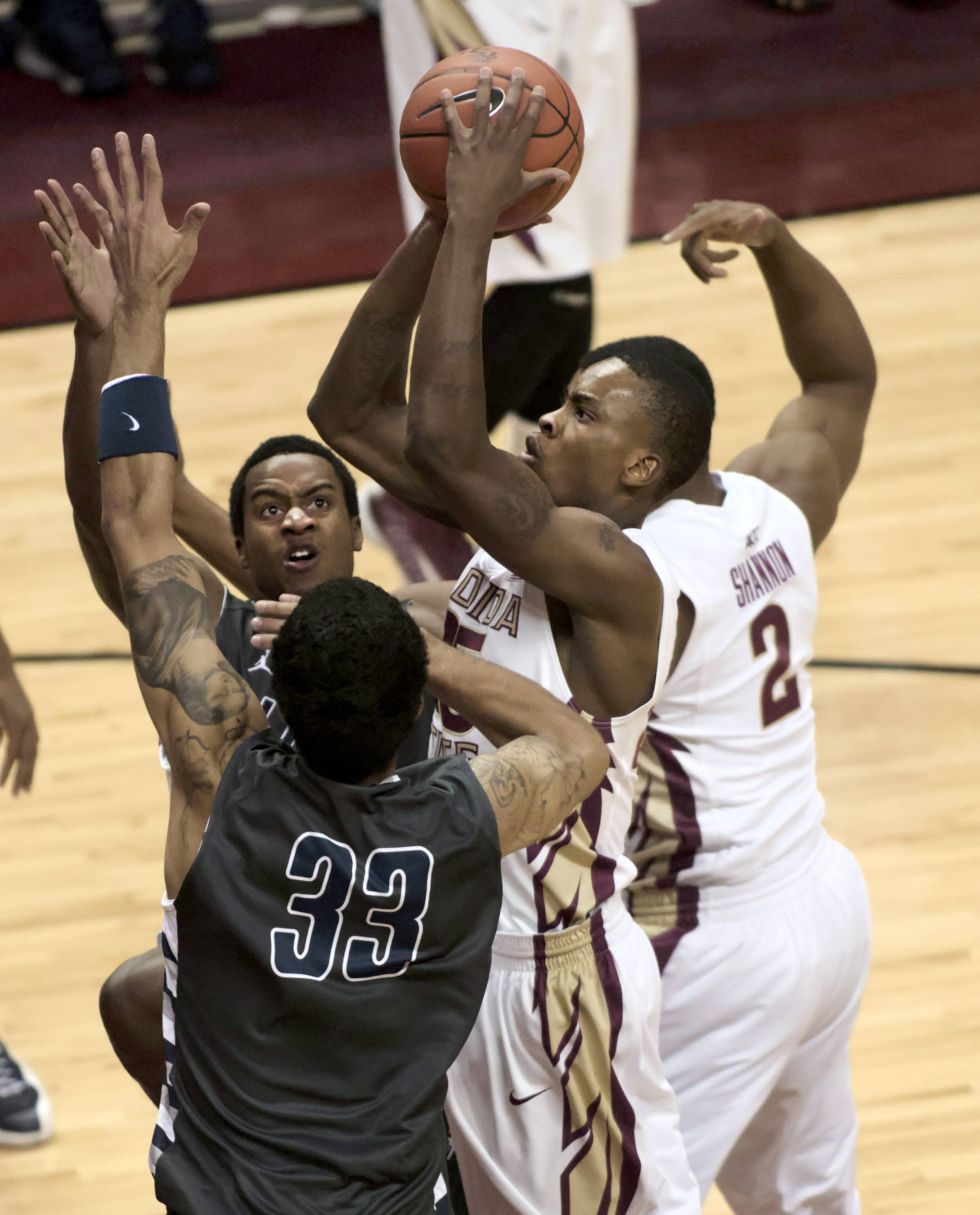 Aaron Thomas (25), FSU vs Lincoln Memorial, 10/28/12. (Photo by Steve Musco)