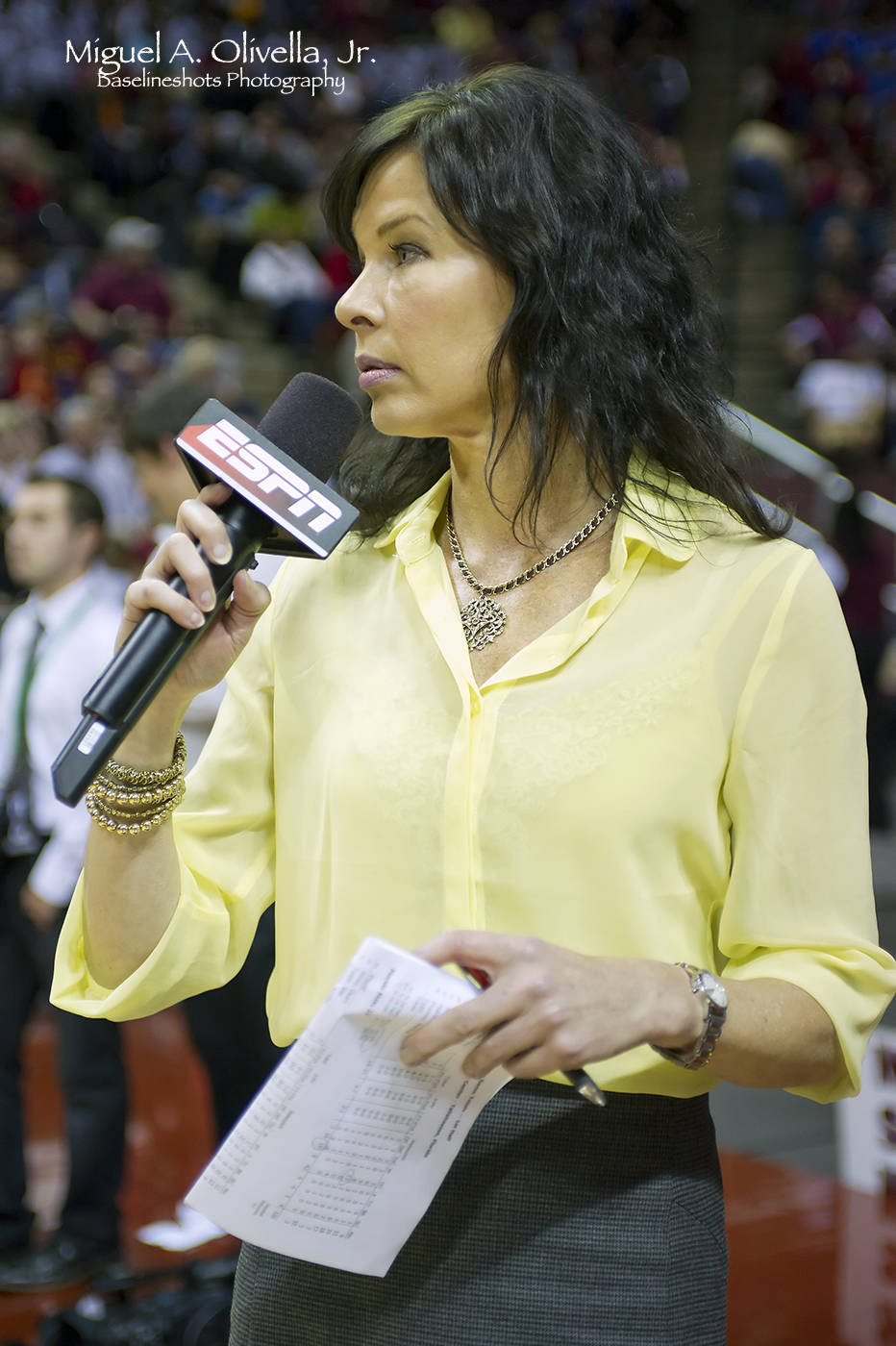 ESPN's courtside reporter Jeannine Edwards