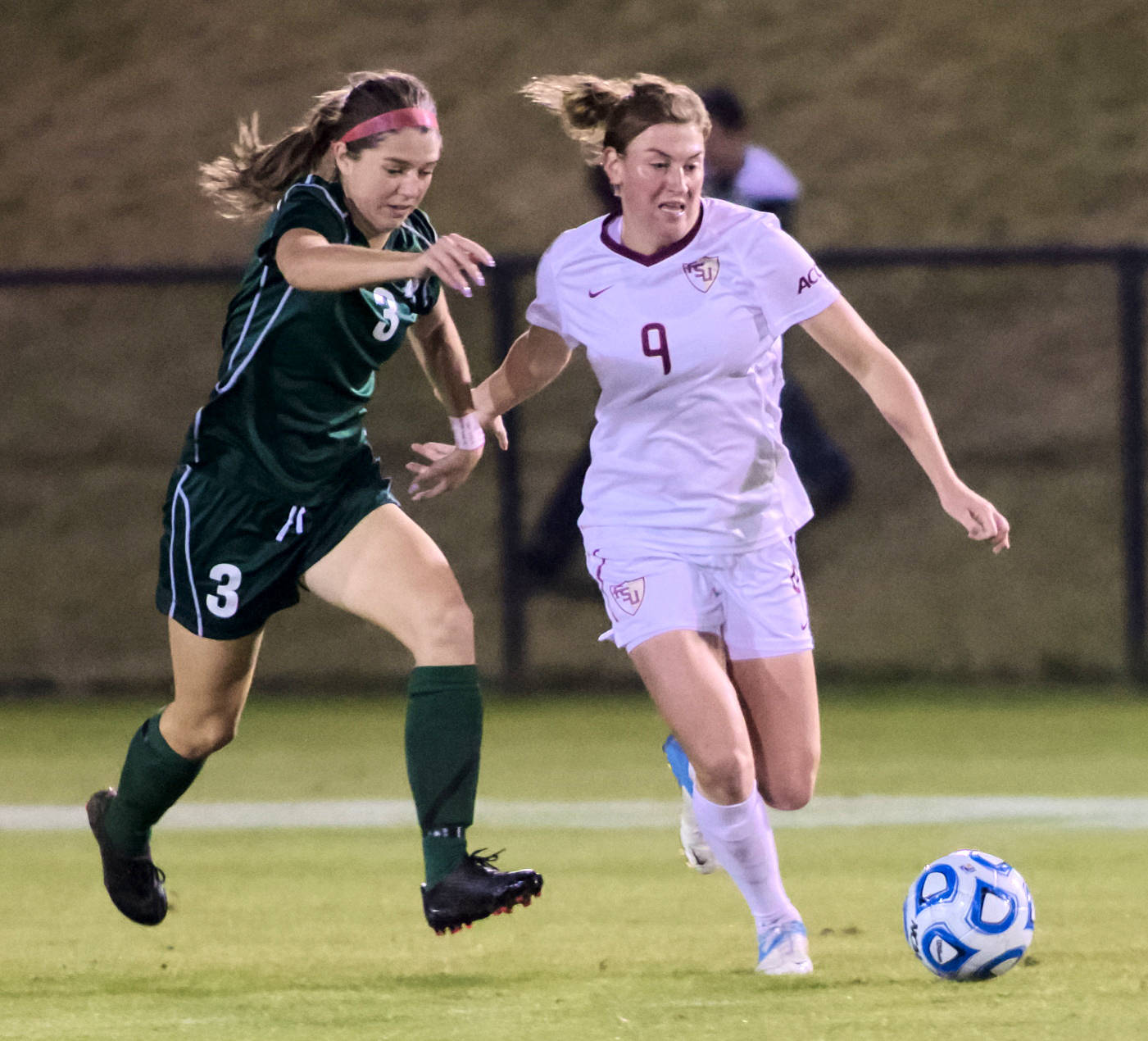 Kassey Kallman (9), FSU vs MVSU, 11/09/12. (Photo by Steve Musco)