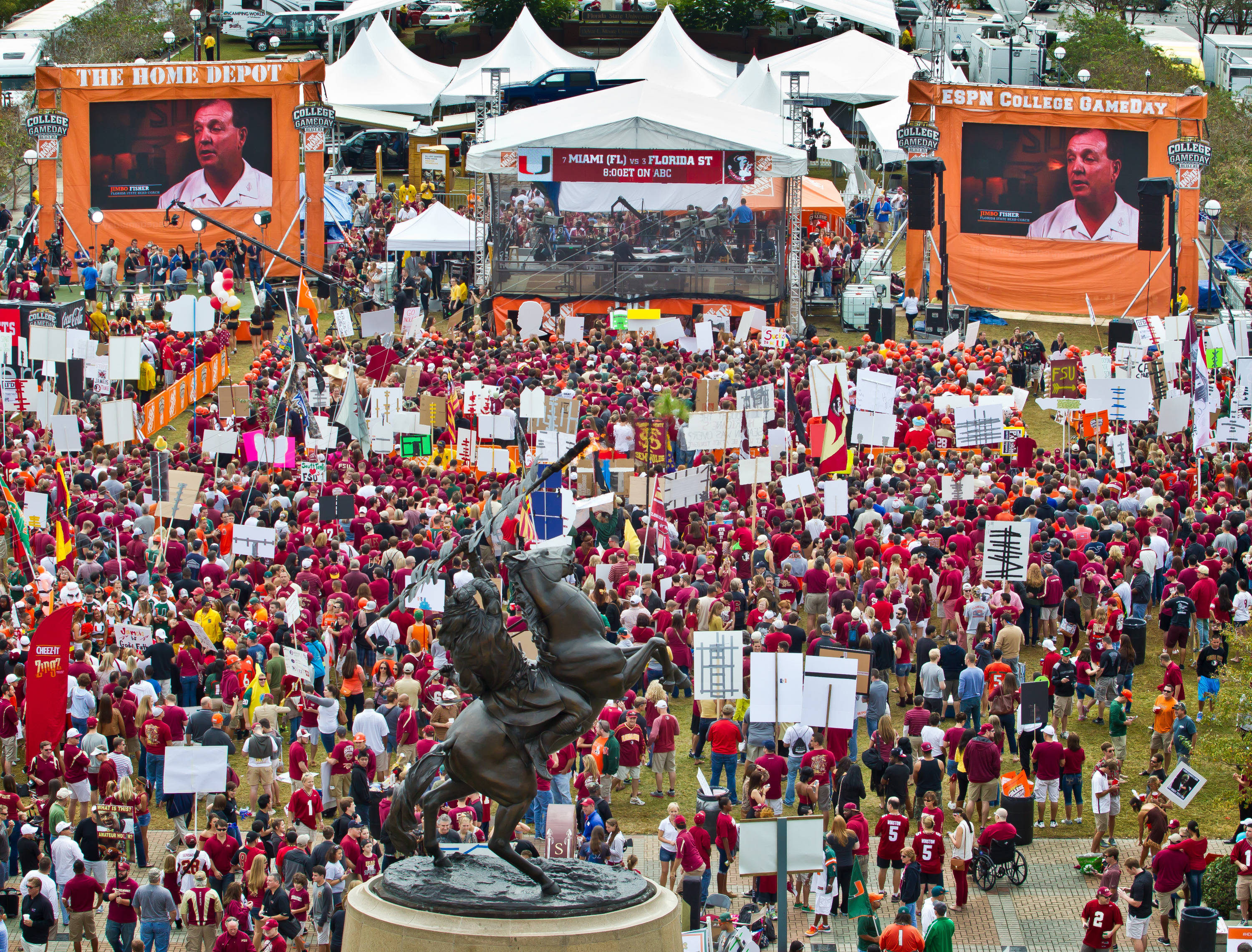 College Game Day crowds