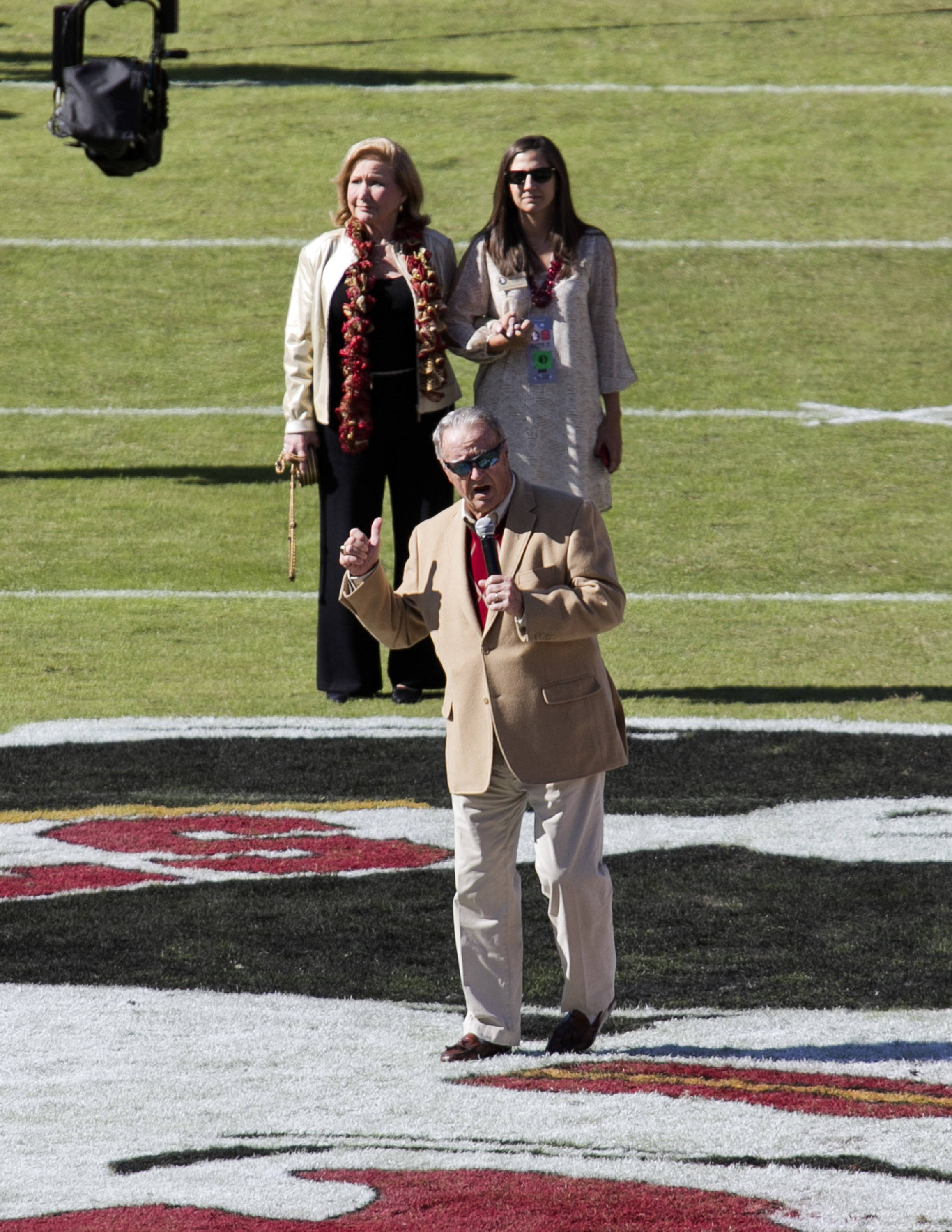Coach Bowden and Family, FSU vs NC State,  10-26-13, (Photo by Steve Musco)