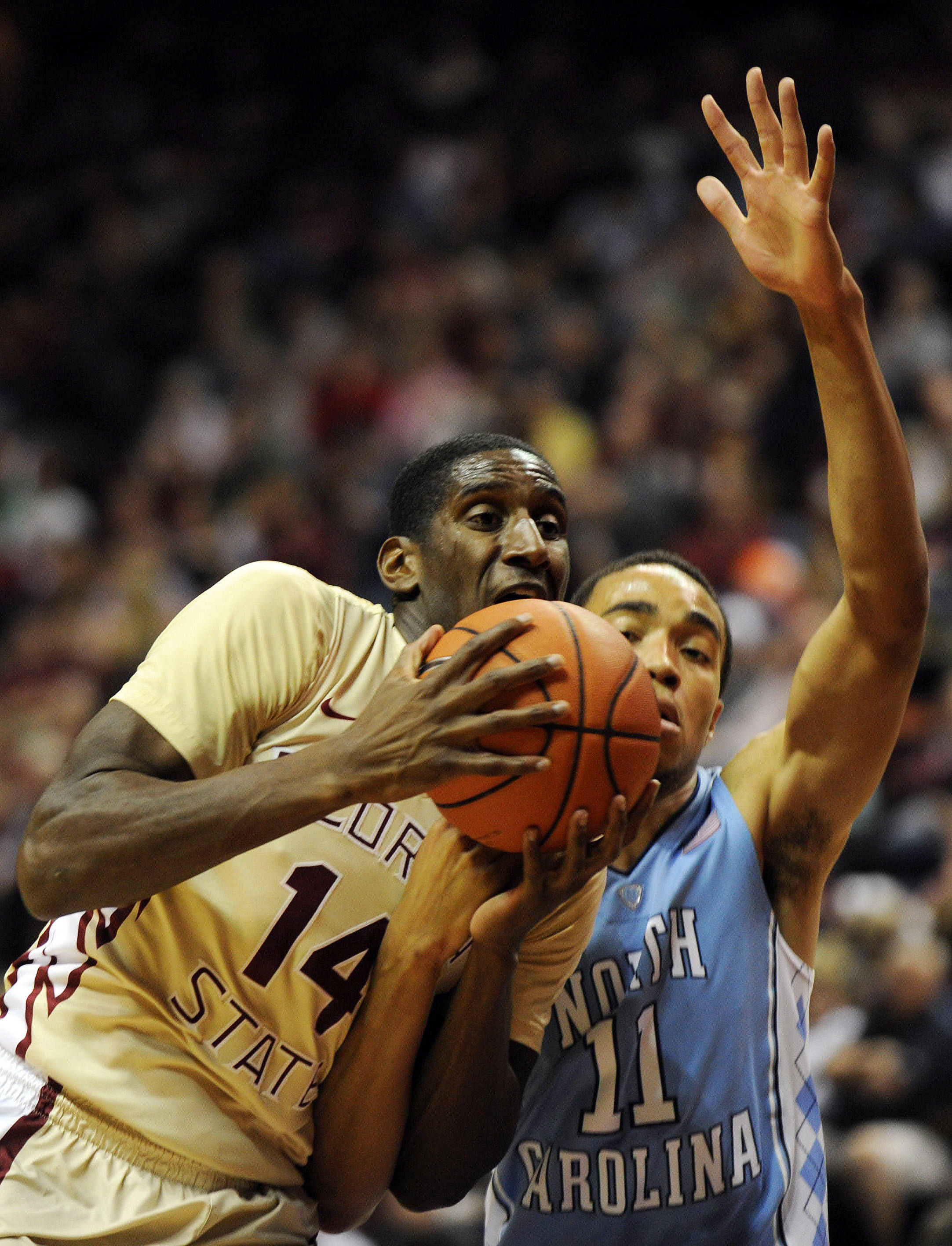 Florida State Seminoles forward Robert Gilchrist (14) is fouled by Brice Johnson (11). (Melina Vastola-USA TODAY Sports)