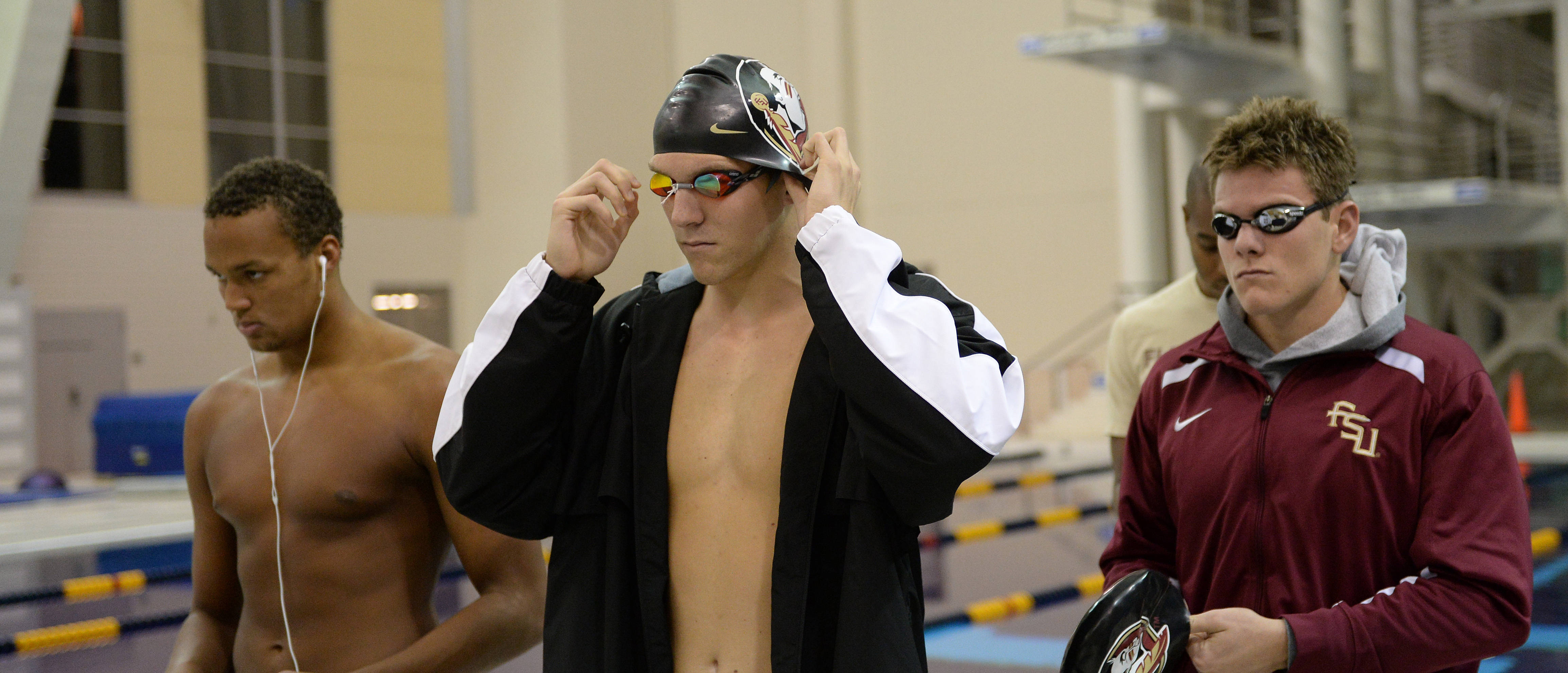 The Seminoles get ready for the medley relay - Mitch White