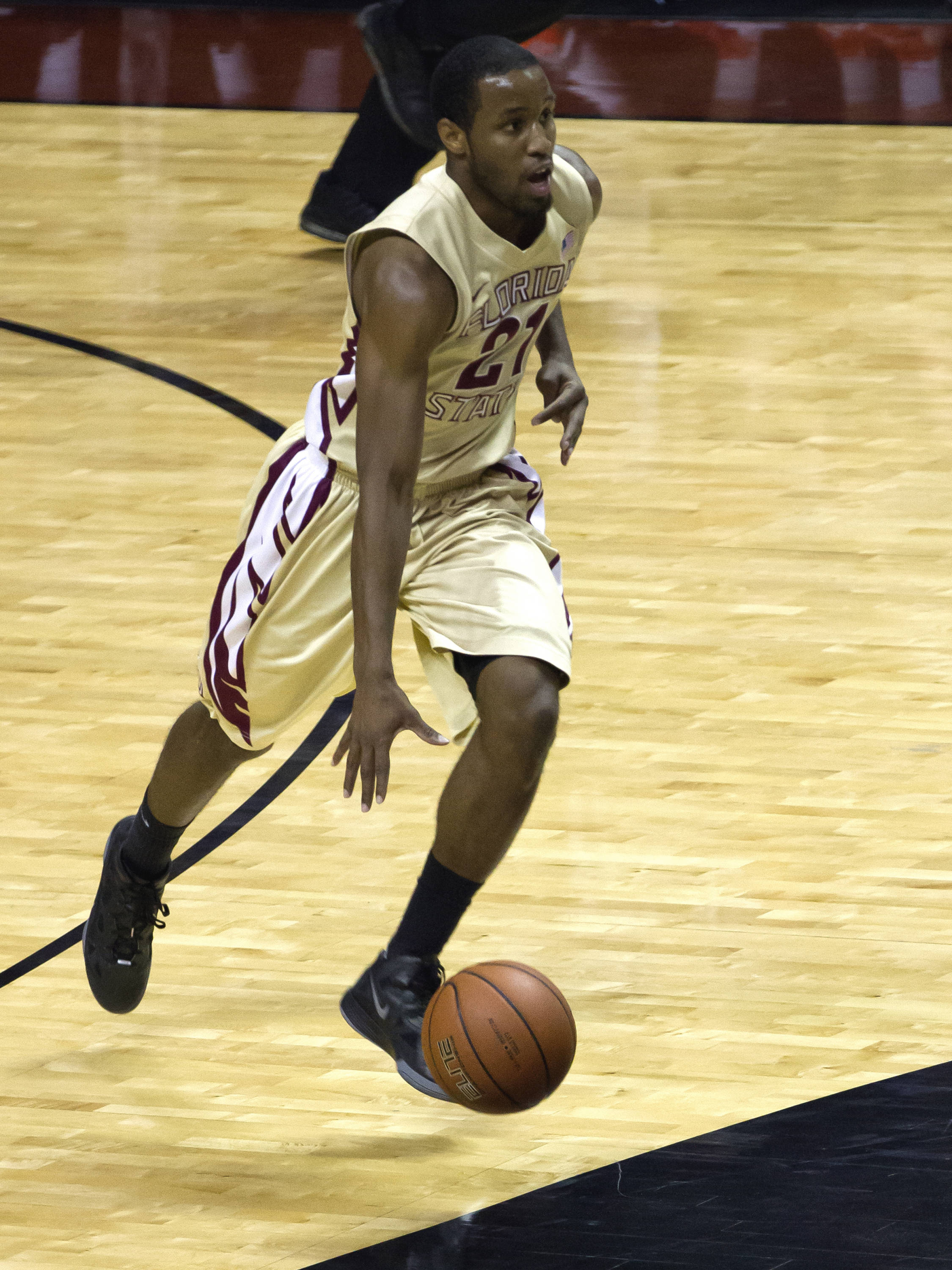 Michael Snaer (21), FSU vs Virginia, 03/07/13. (Photo by Steve Musco)