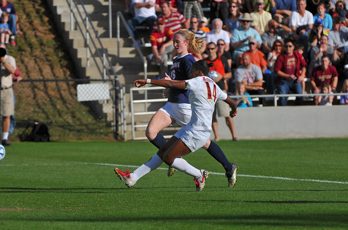 Tiffany McCarty scores in the 76th minute to give FSU a 3-0 lead.