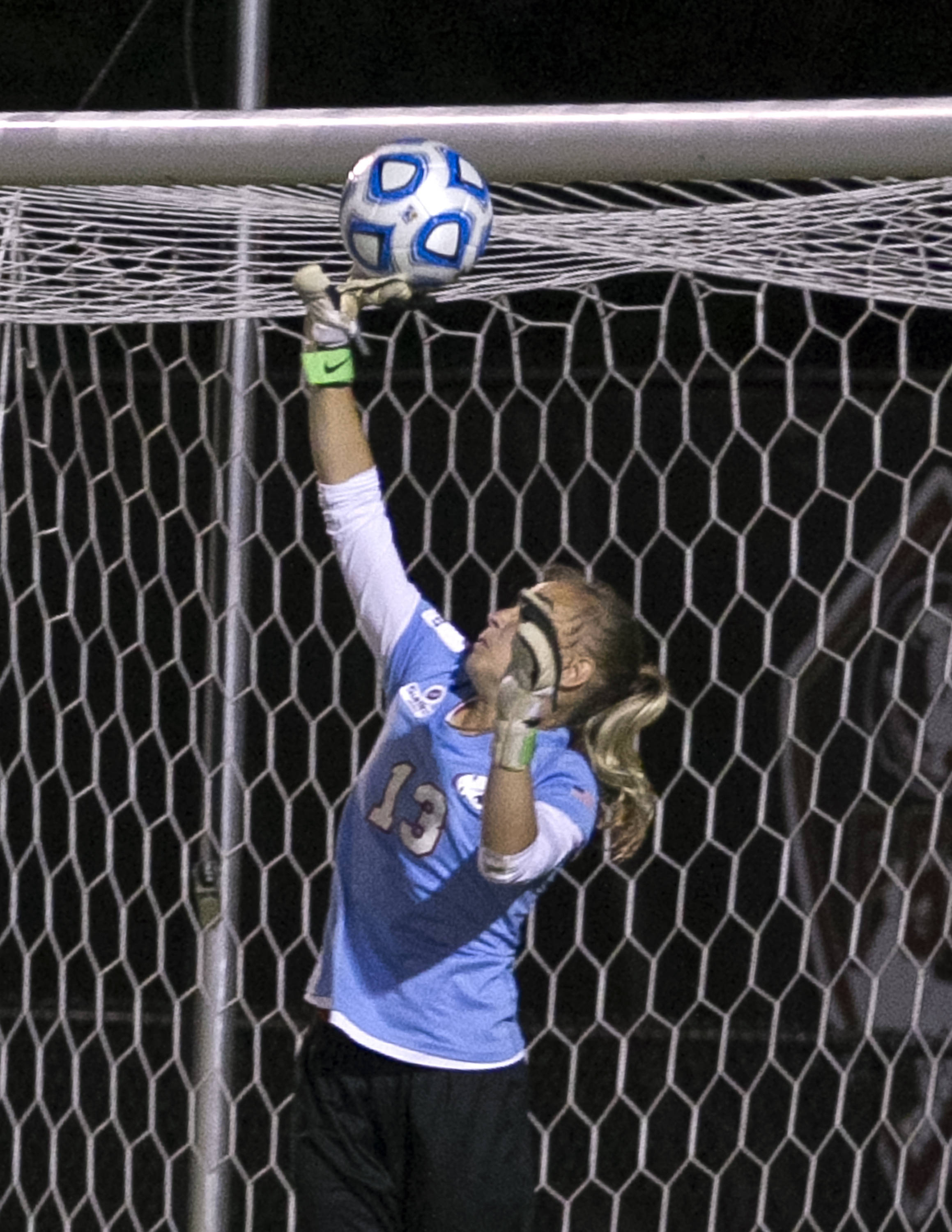 Megan Campbell's long throw-in goal just over the South Alabama's reach. FSU vs University of South Alabama,  NCAA Tournament, 11-15-13, (Photo by Steve Musco)