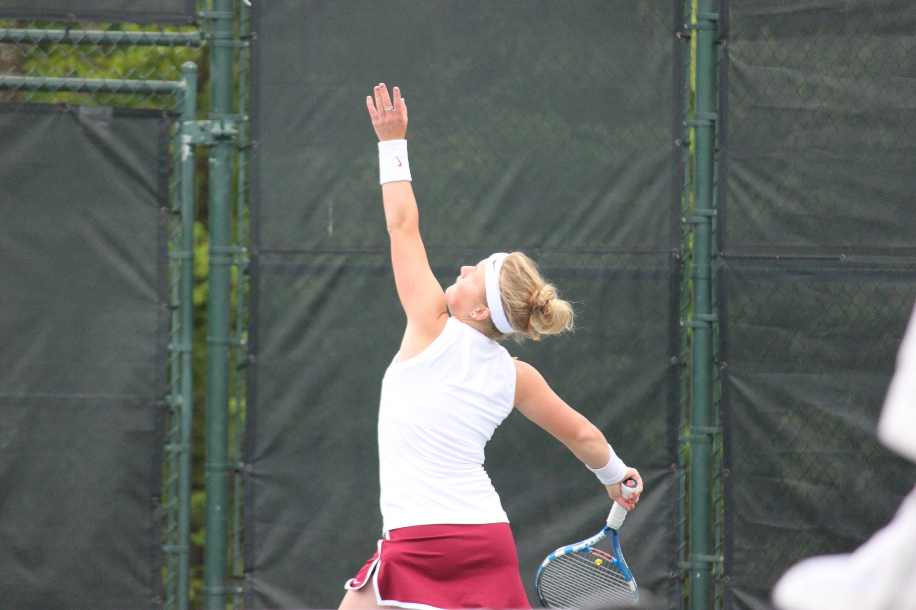 Amy Sargeant to serve.