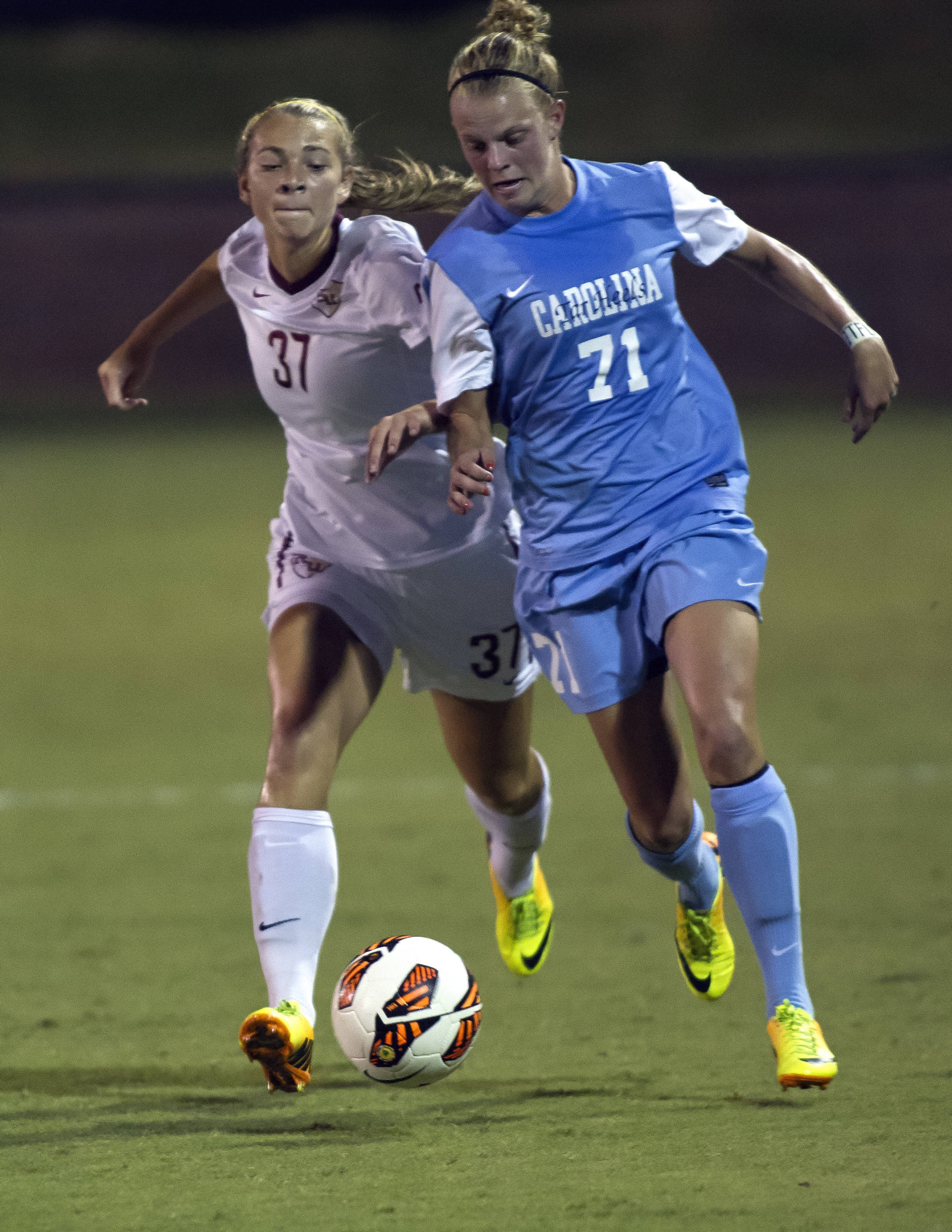 Anna McClung, FSU vs North Carolina,  9-18-13, (Photo by Steve Musco)
