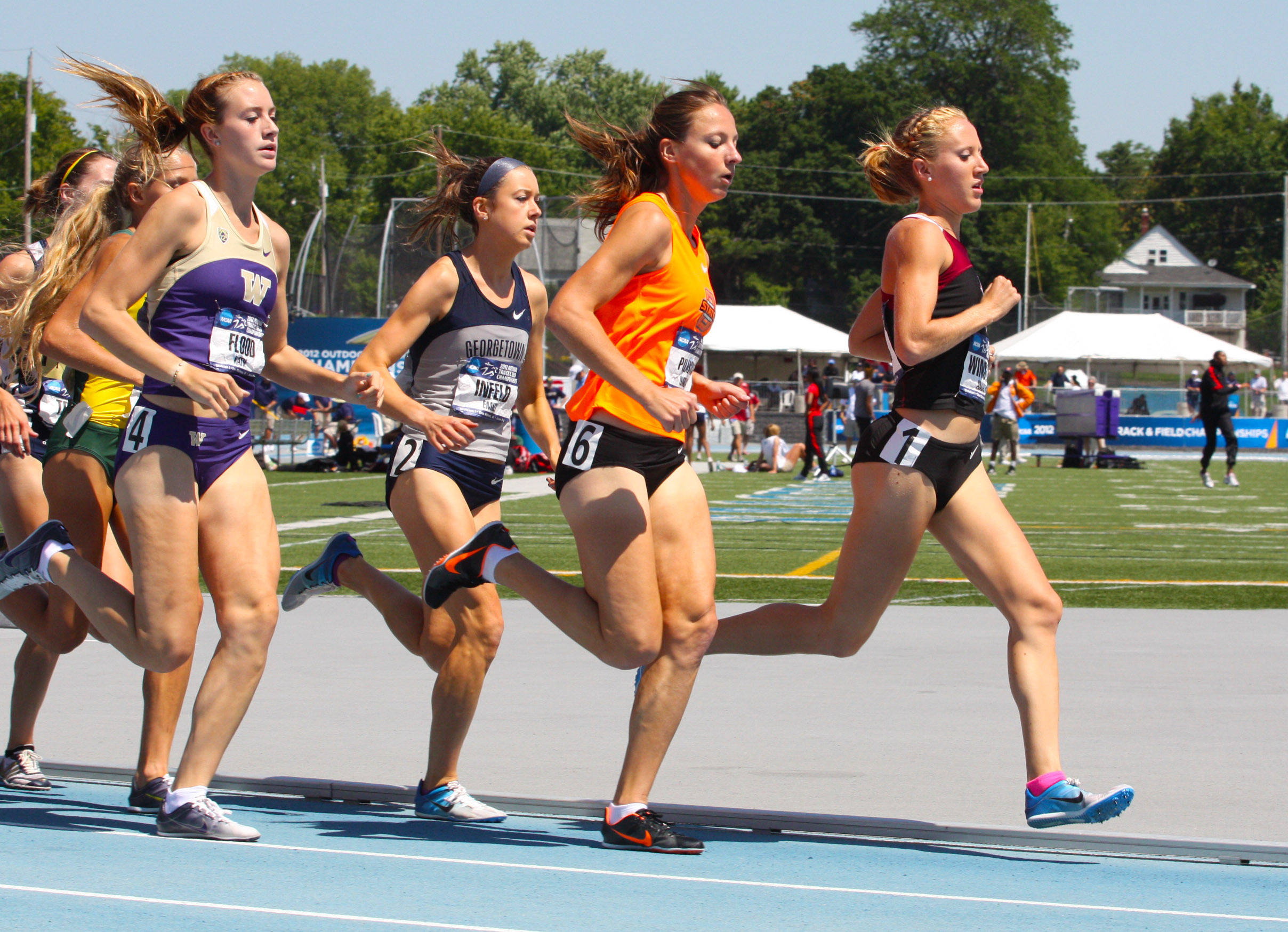 Amanda Winslow led most of the way in the 1500 meter final