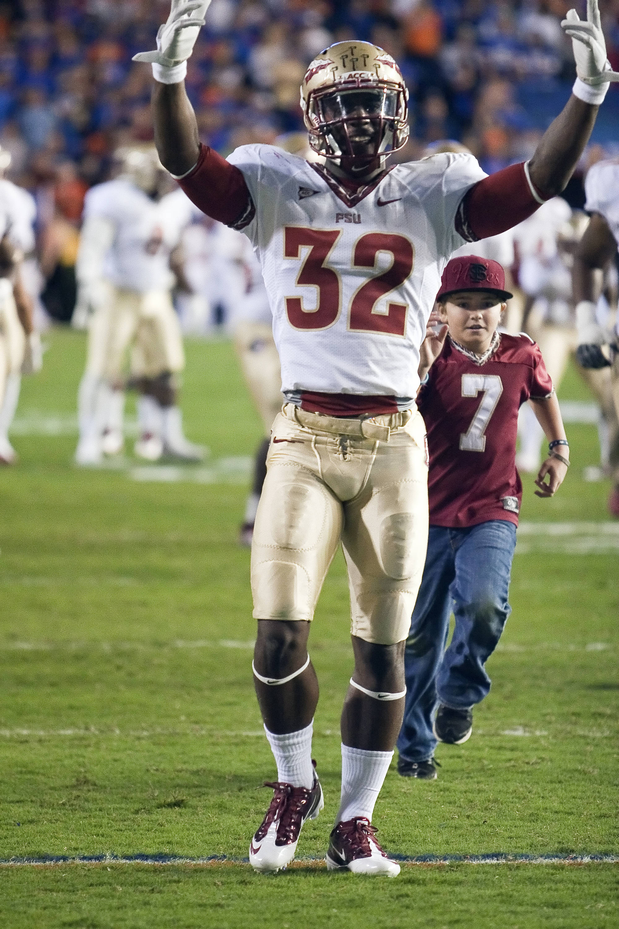 James Wilder Jr. calling for more Nole's cheers, FSU vs Florida, 11/26/2011