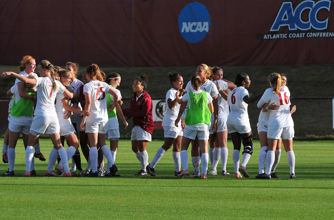 The Seminoles celebrate a berth in the 2011 College Cup following their 3-0 victory over Virginia.