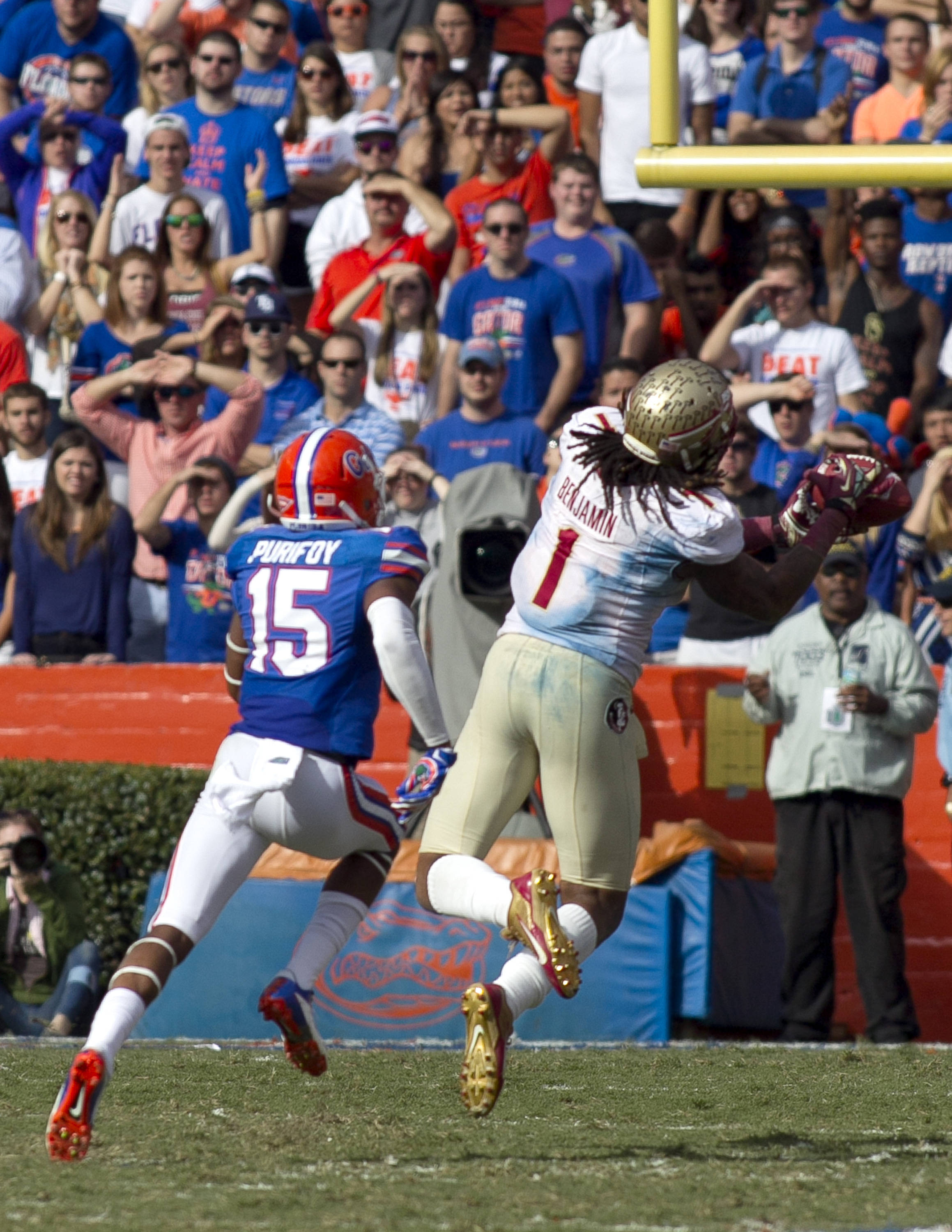 Kelvin Benjamin (1) reaching out for a long reception, FSU vs Florida, 11-30-13,  (Photo by Steve Musco)