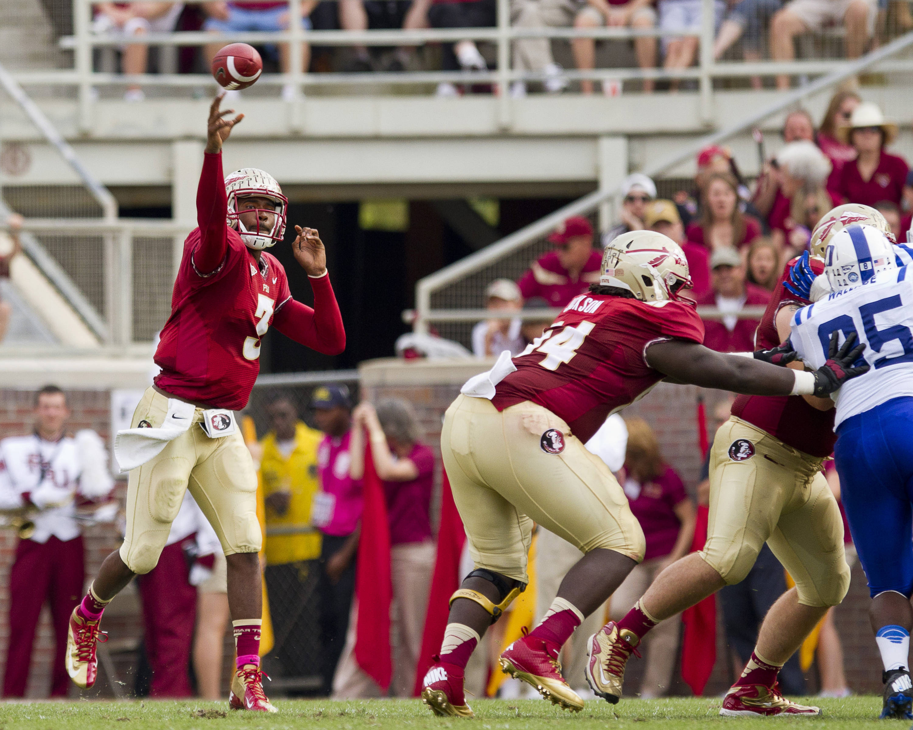 EJ Manuel (3) makes a pass during FSU's 48-7 victory over Duke on October 27, 2012 in Tallahassee, Fla.