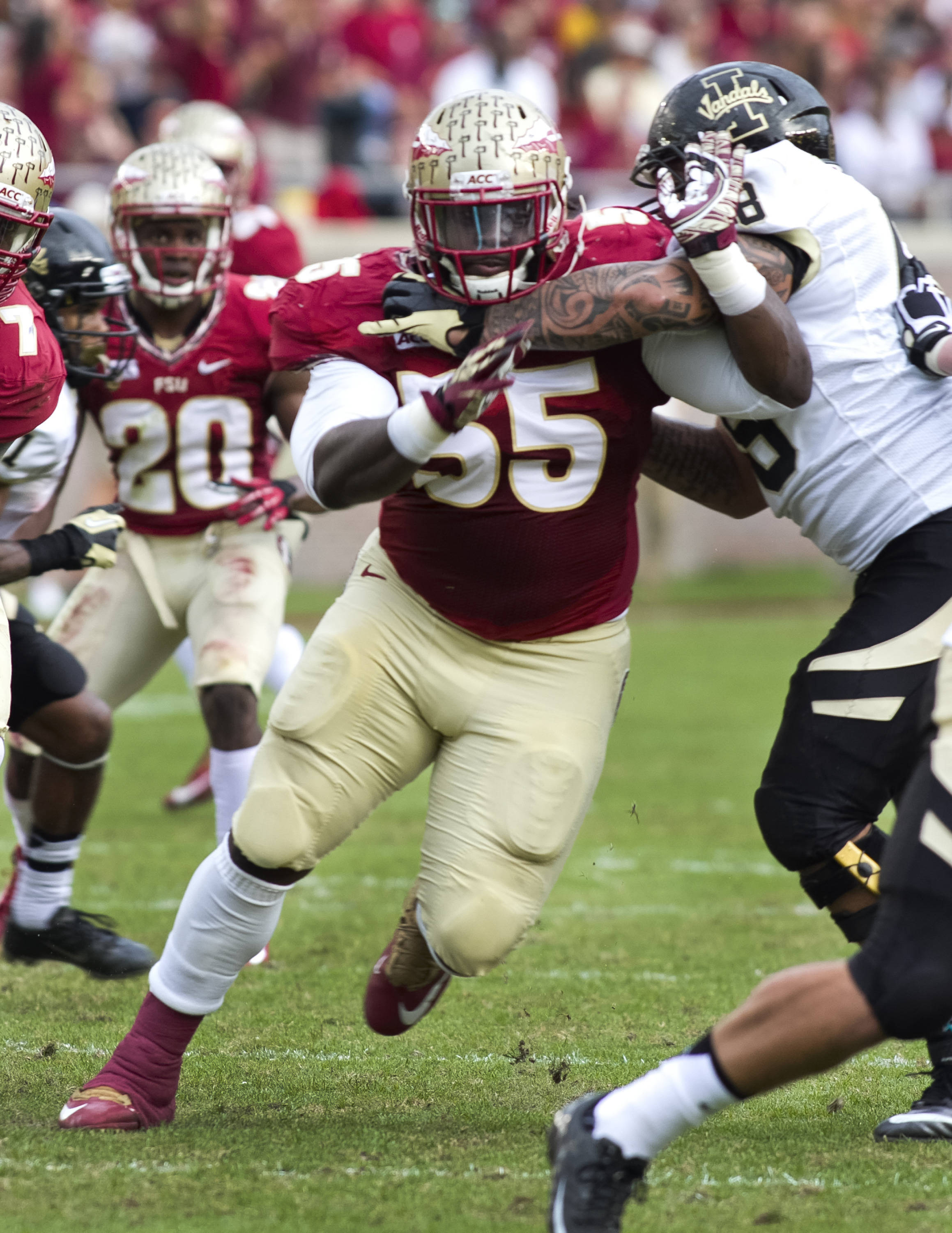 Jacobbi McDaniel (55), FSU vs Idaho, 11-23-13,  (Photo by Steve Musco)