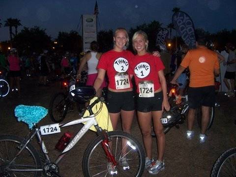 Ella (left) and sister Erica before the start of the Muddy Buddy competition