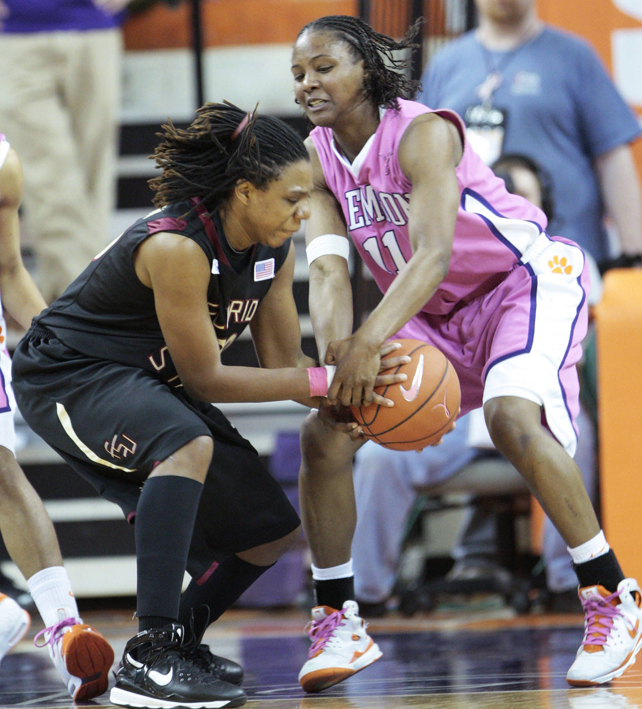 Clemson's Lele Hardy battles for a loose ball against Florida State's Tanae Davis-Cain during the second half in Clemson, S.C., Thursday, Feb. 19, 2009. (AP Photo/Patrick Collard)