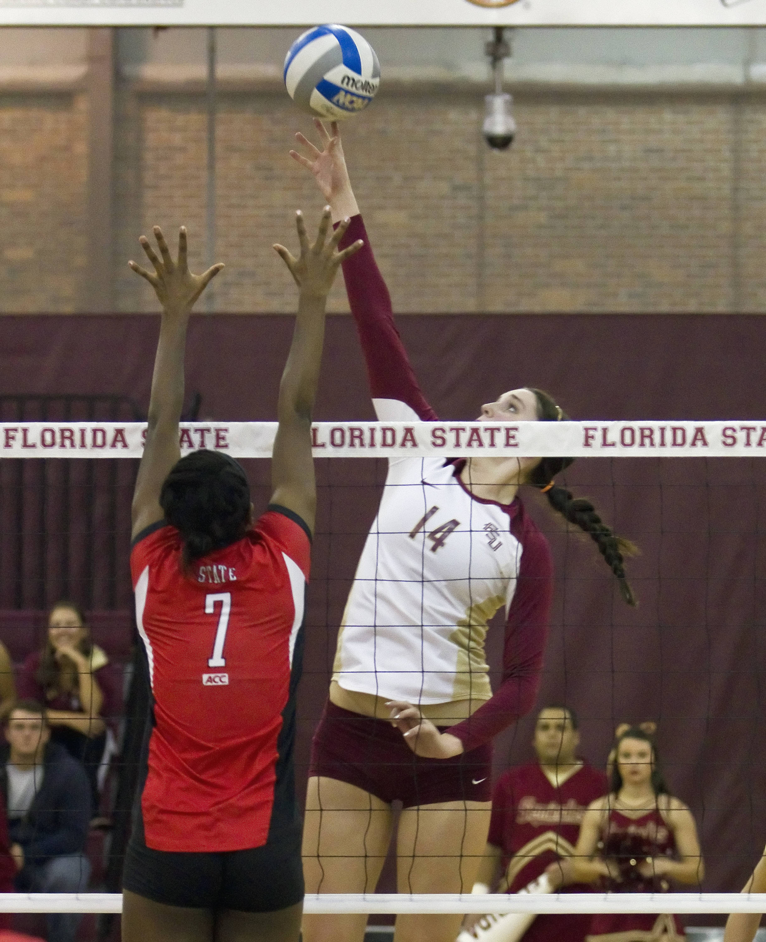 Ashley Neff (14), FSU vs NC State 11/04/2011