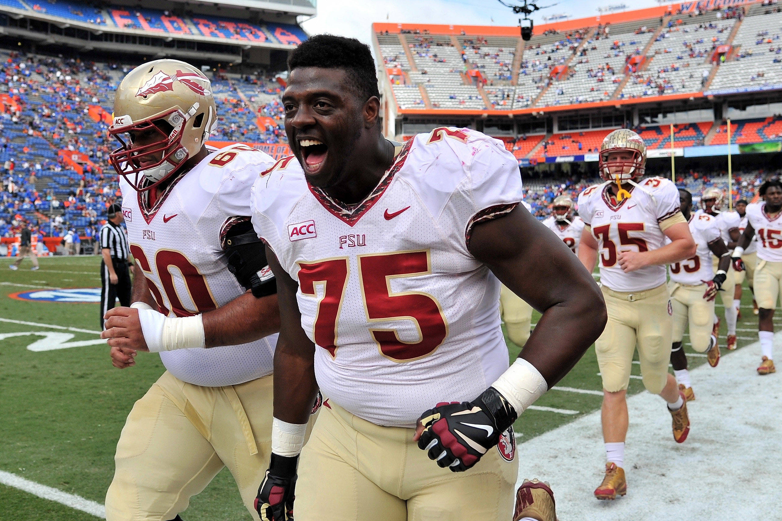 Cameron Erving (75) runs off the field. Mandatory Credit: Steve Mitchell-USA TODAY Sports