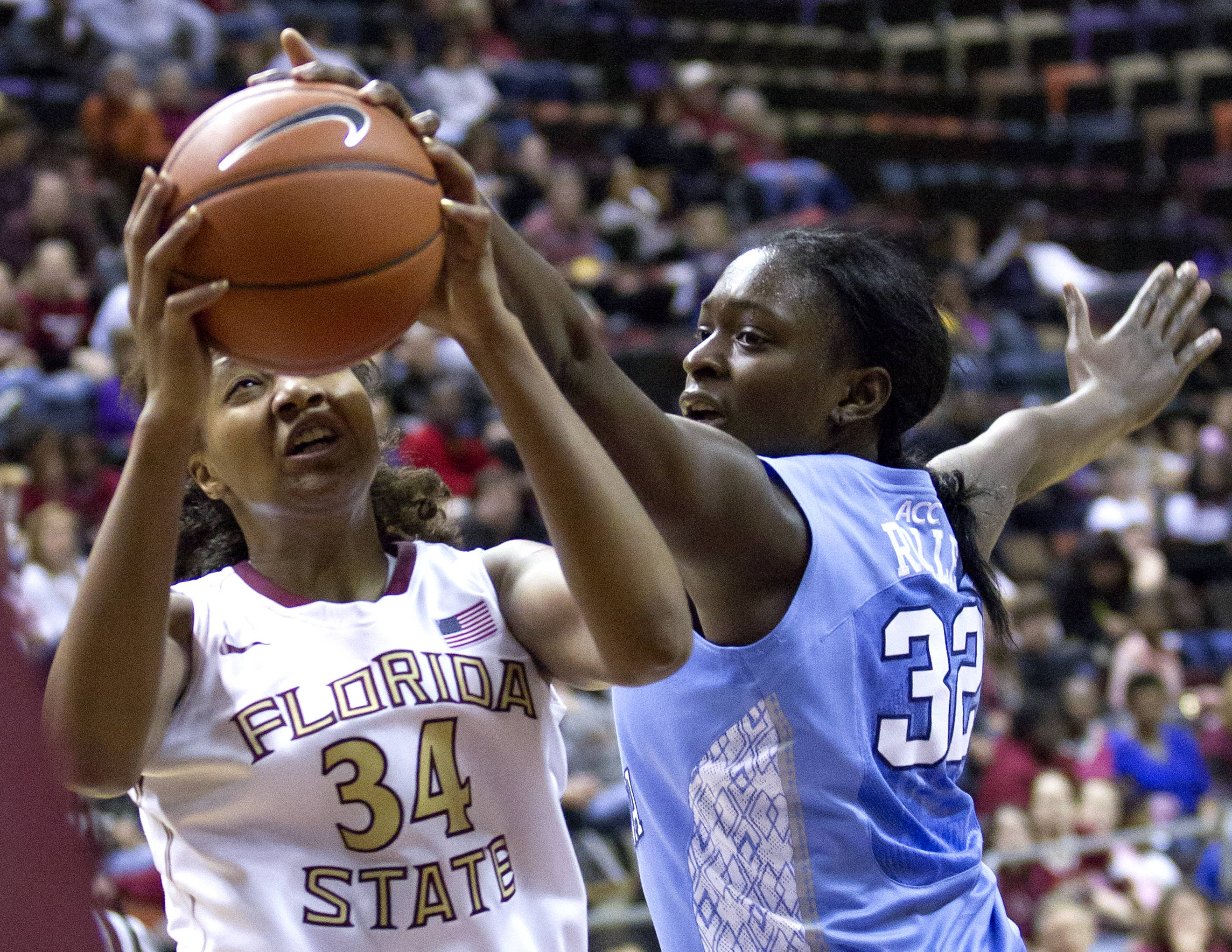 Chelsea Davis (34), FSU vs NC, 02/17/13. (Photo by Steve Musco)