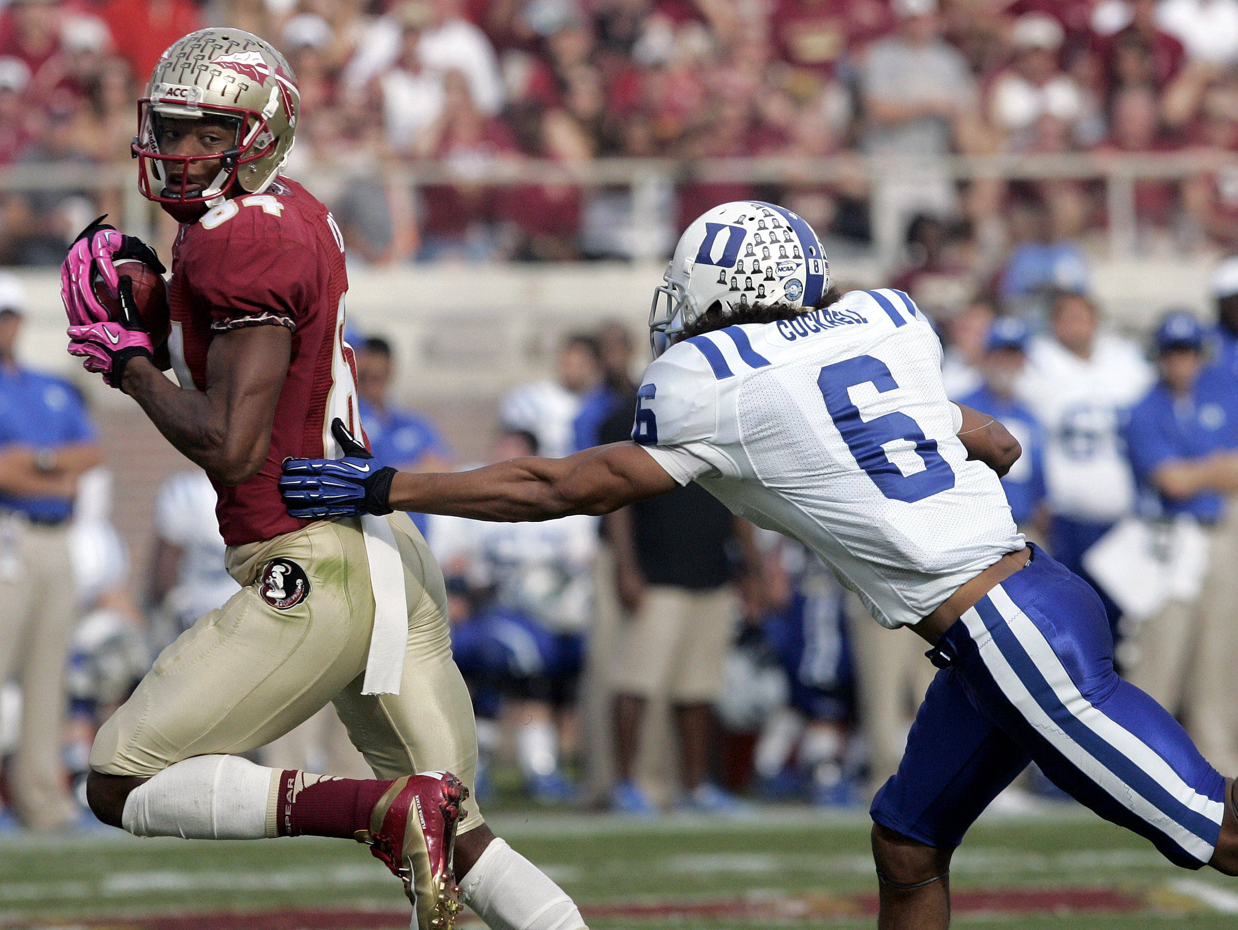Florida State's Rodney Smith makes a long reception. (AP Photo/Steve Cannon)