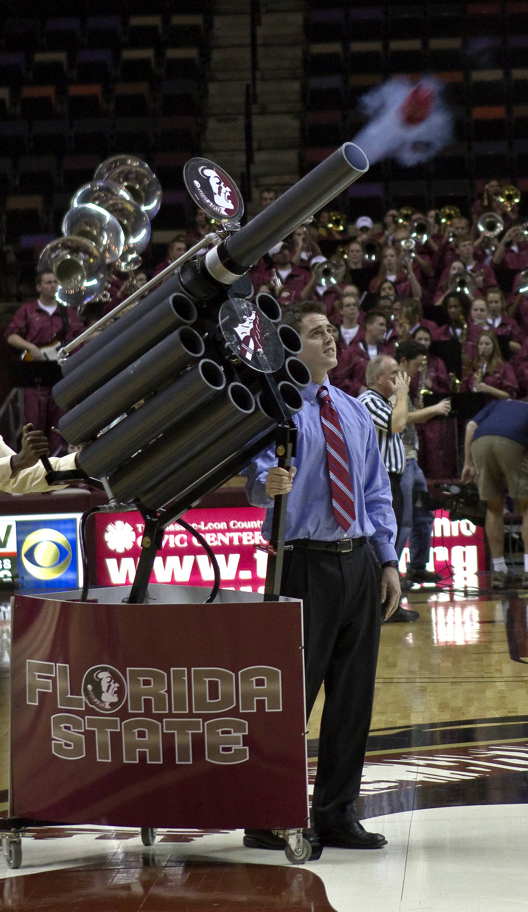 FSU vs Miami - 01/24/11 - FSU T-shirt cannon