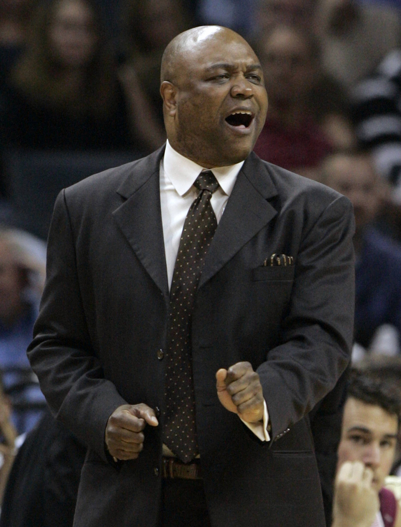 Leonard Hamilton gestures as his team plays North Carolina in the first half. (AP Photo/Steve Helber)