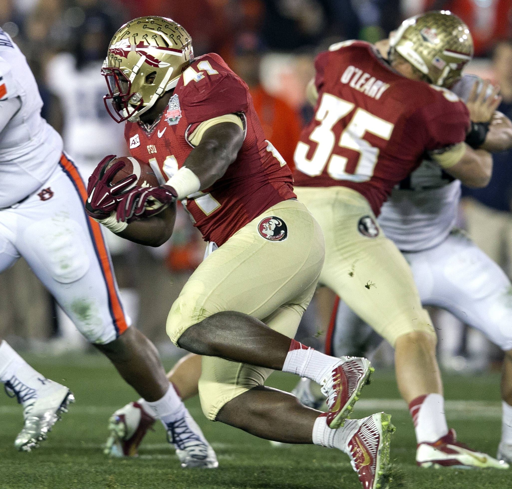 Chad Abram (41) on an end around, BCS Championship, FSU vs Auburn, Rose Bowl, Pasadena, CA,  1-06-14,  (Photo by Steve Musco)