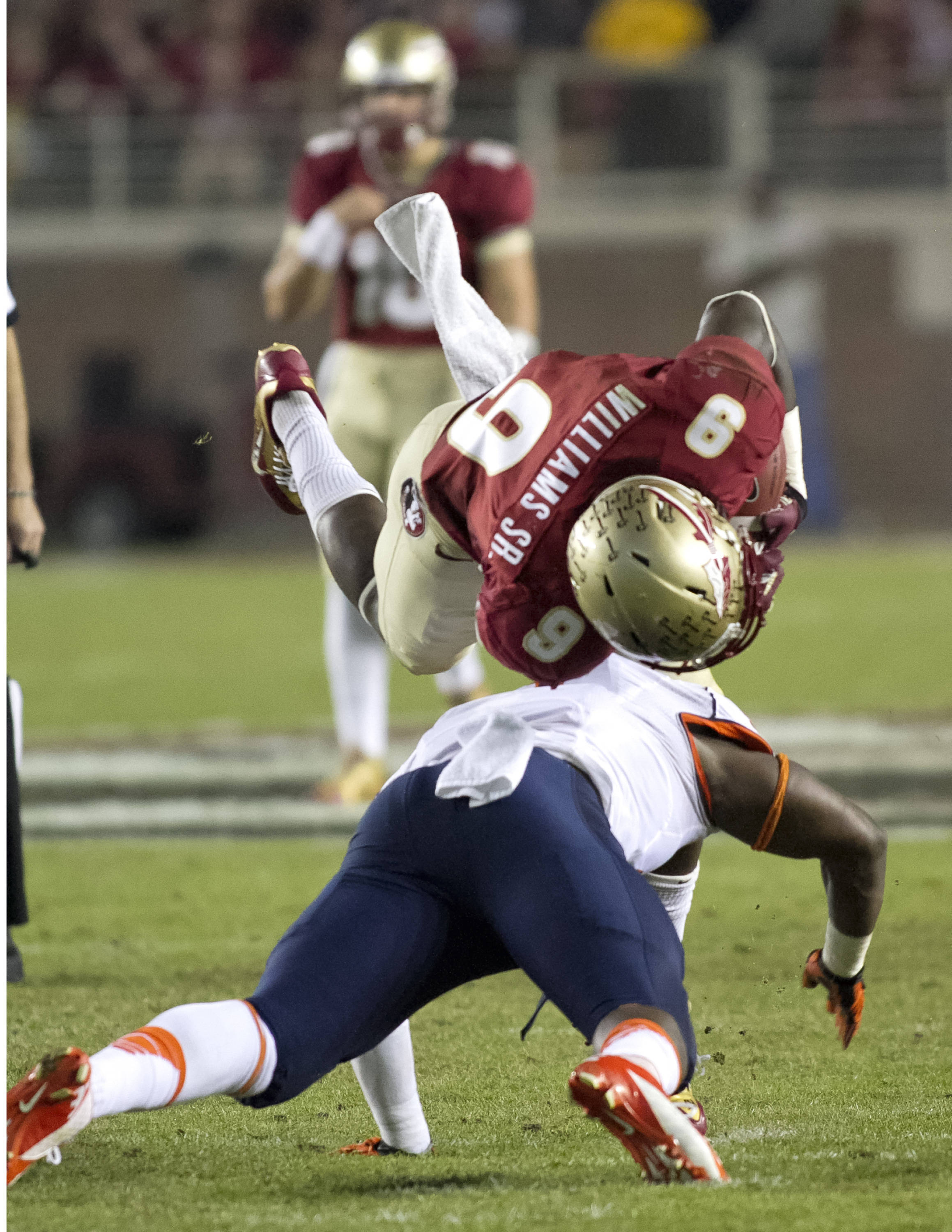 Karlos Williams (9), FSU vs Syracuse, 11-16-13, (Photo by Steve Musco)