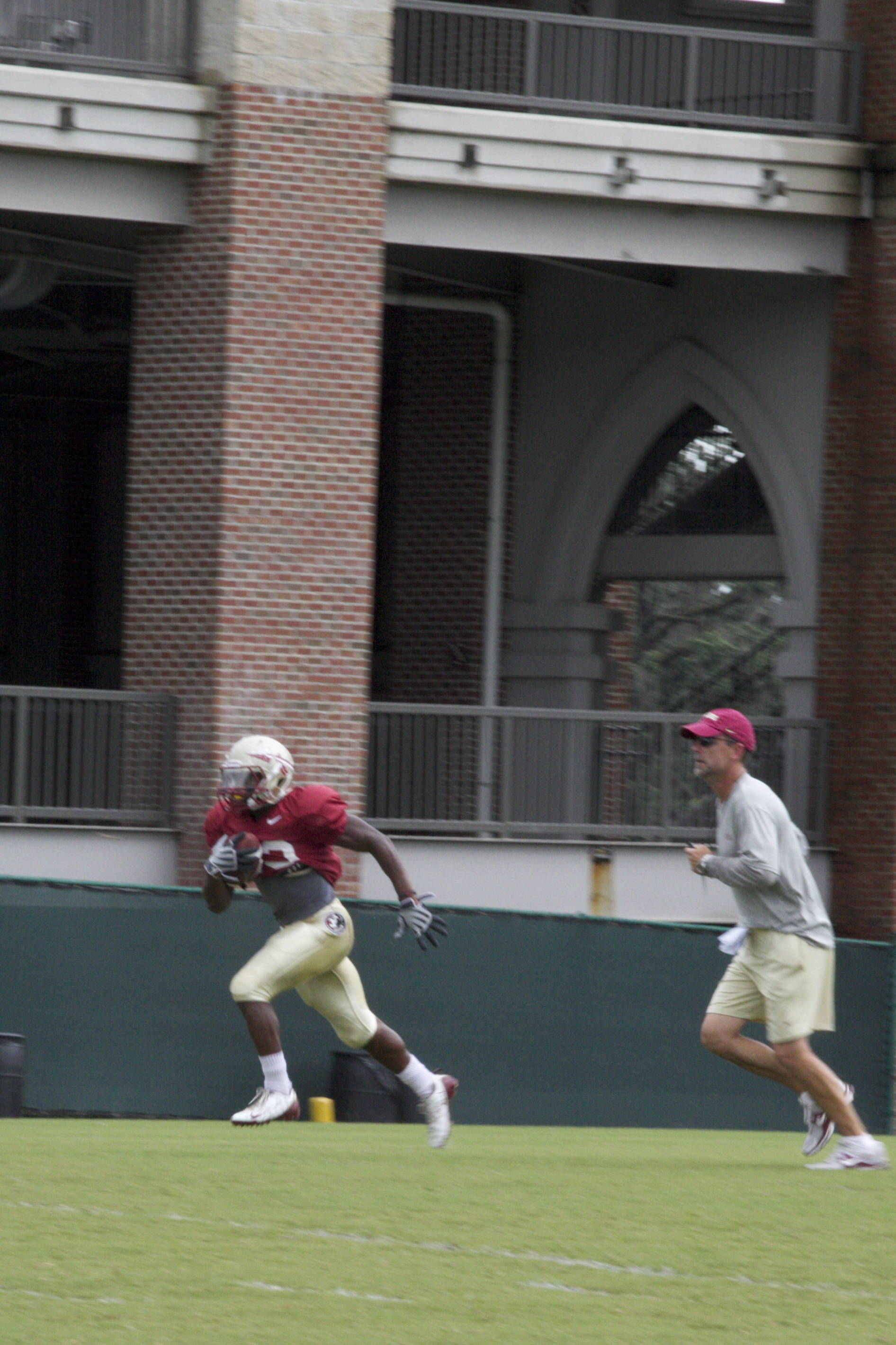 Chris Thompson (23), Eddie Gran