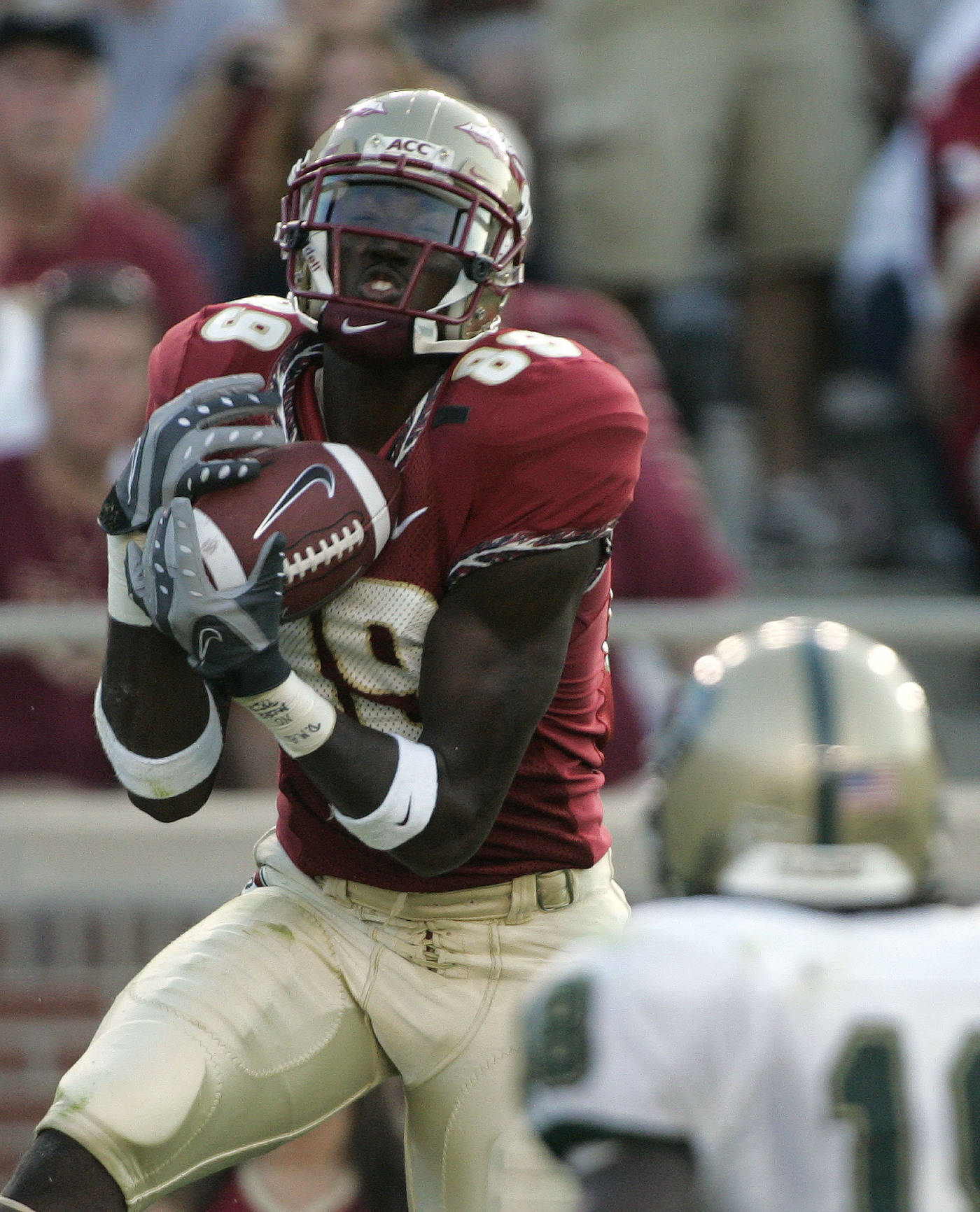 Florida State receiver Greg Carr, left, makes a third-quarter catch in front of UAB defender Will Dunbar during a football game Saturday, Sept. 8, 2007, in Tallahassee, Fla. Florida State won 34-24. (AP Photo/Phil Coale)