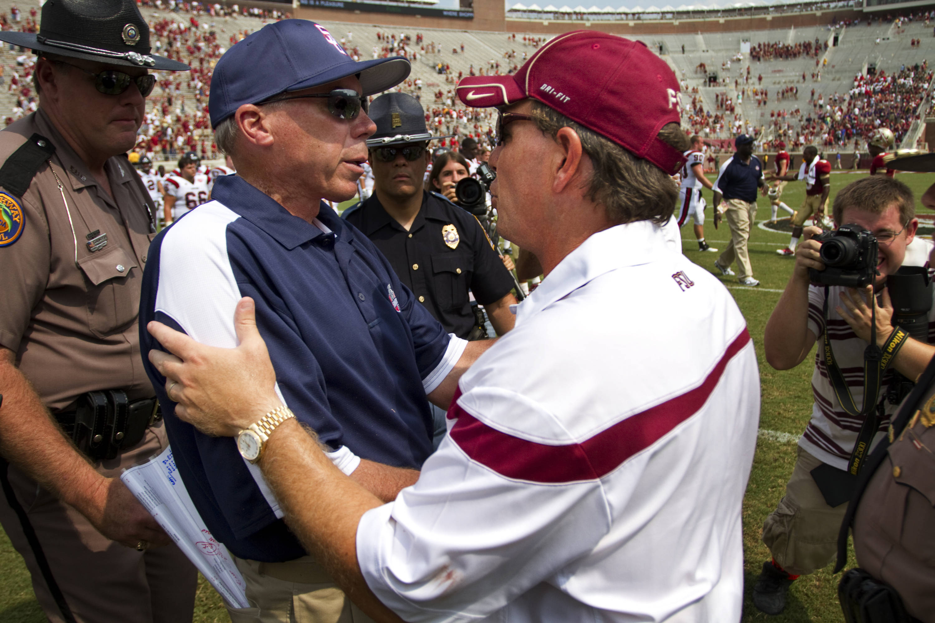Jimbo Fisher shakes hands with Samford's coach after FSU's win.