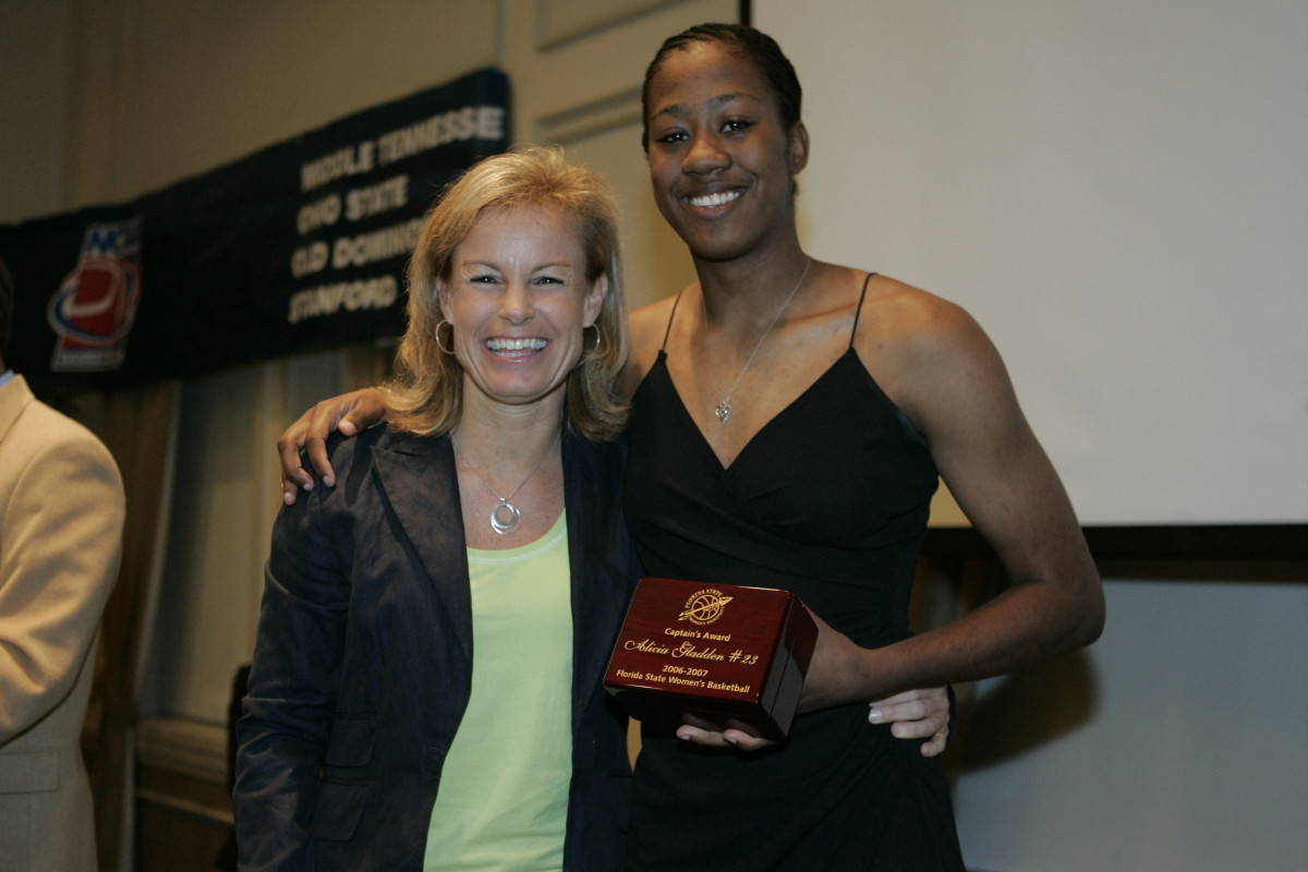 Coach Sue and Captain's Award winner Alicia Gladden.