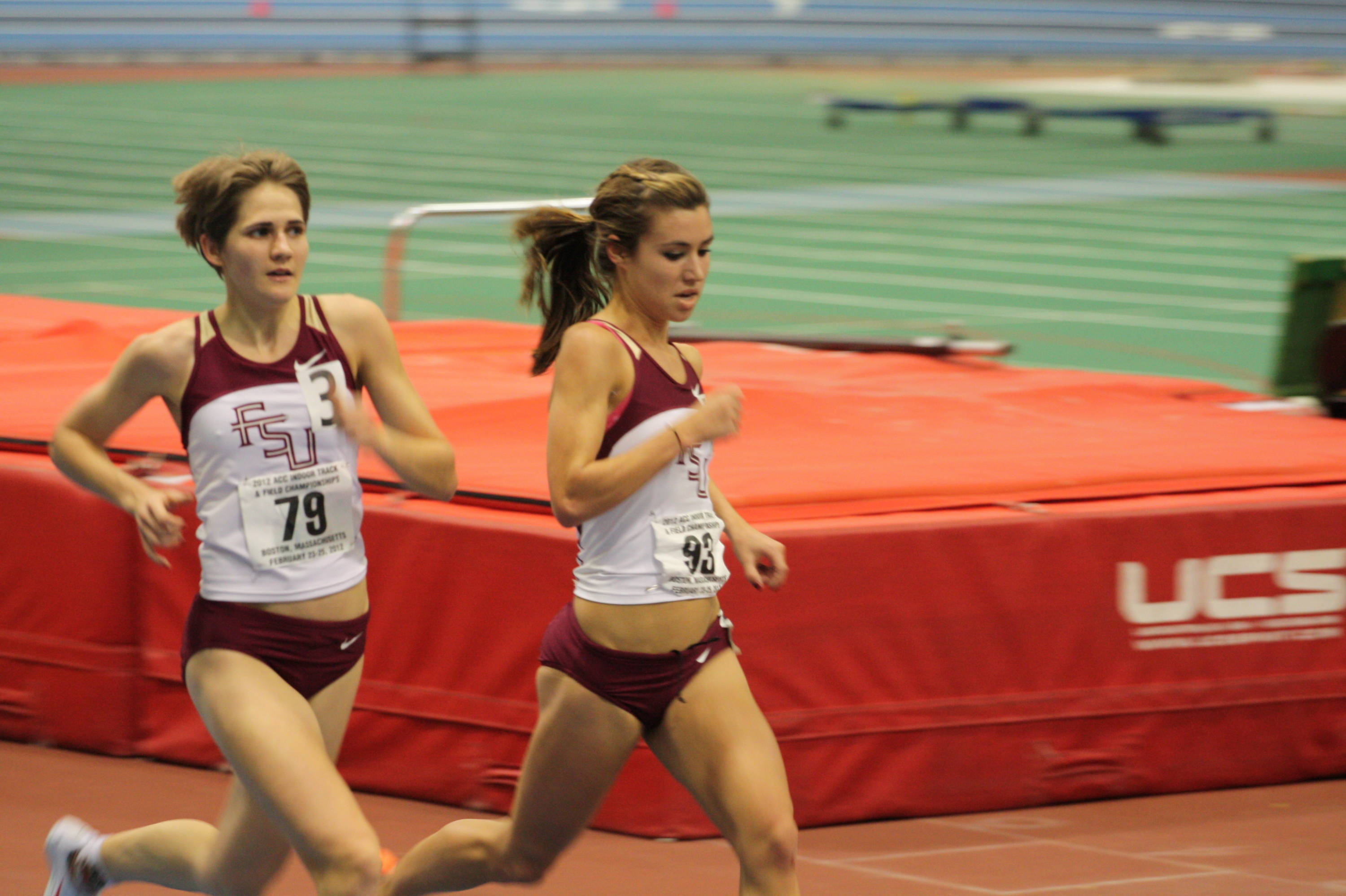 Kayleigh Tyerman (right) and Jennifer Dunn (left) finished seventh and eighth in 5000-meter run.