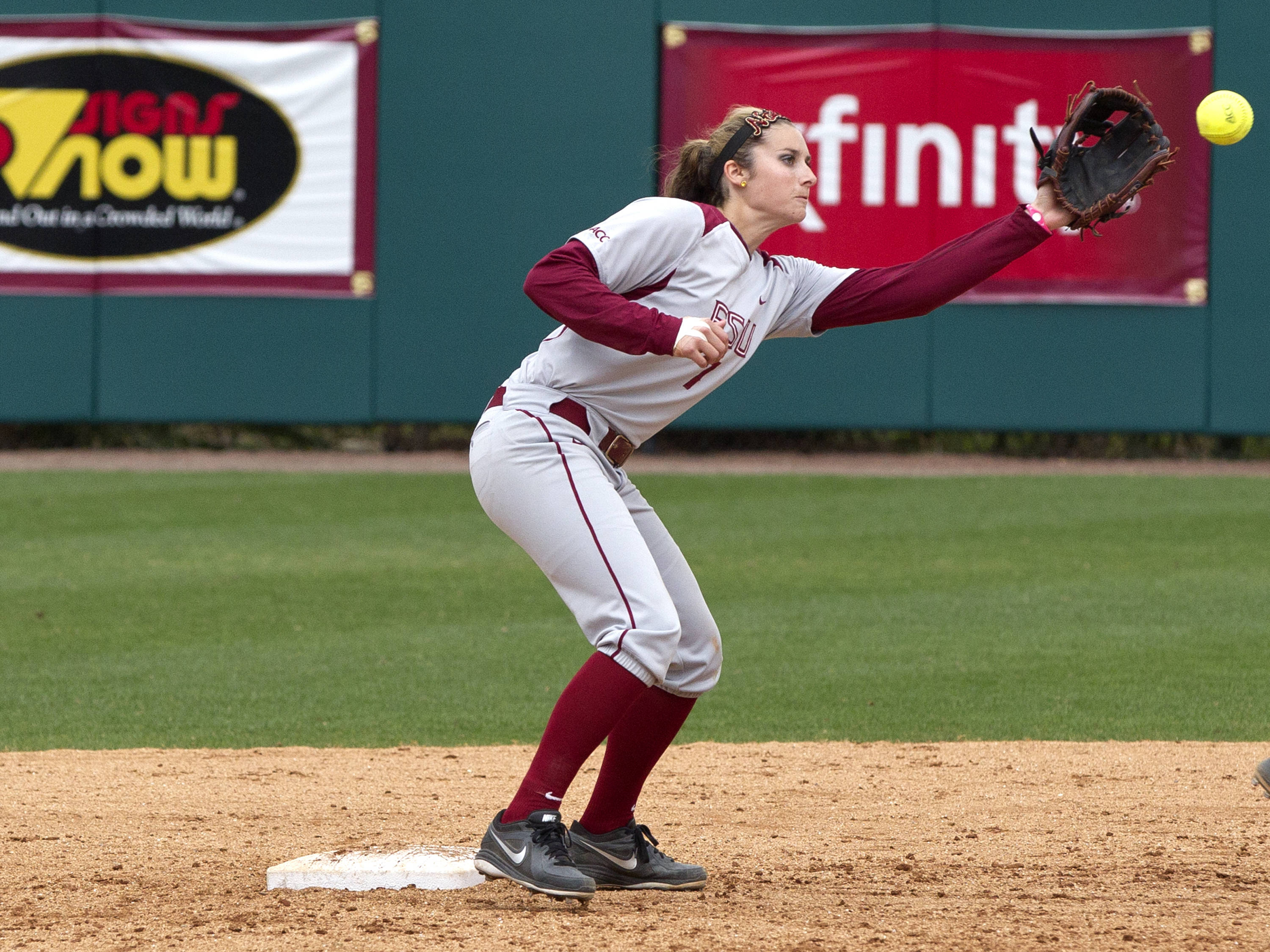 Maddie O'Brien (7), FSU vs Minnesota, 03/17/13. (Photo by Steve Musco)
