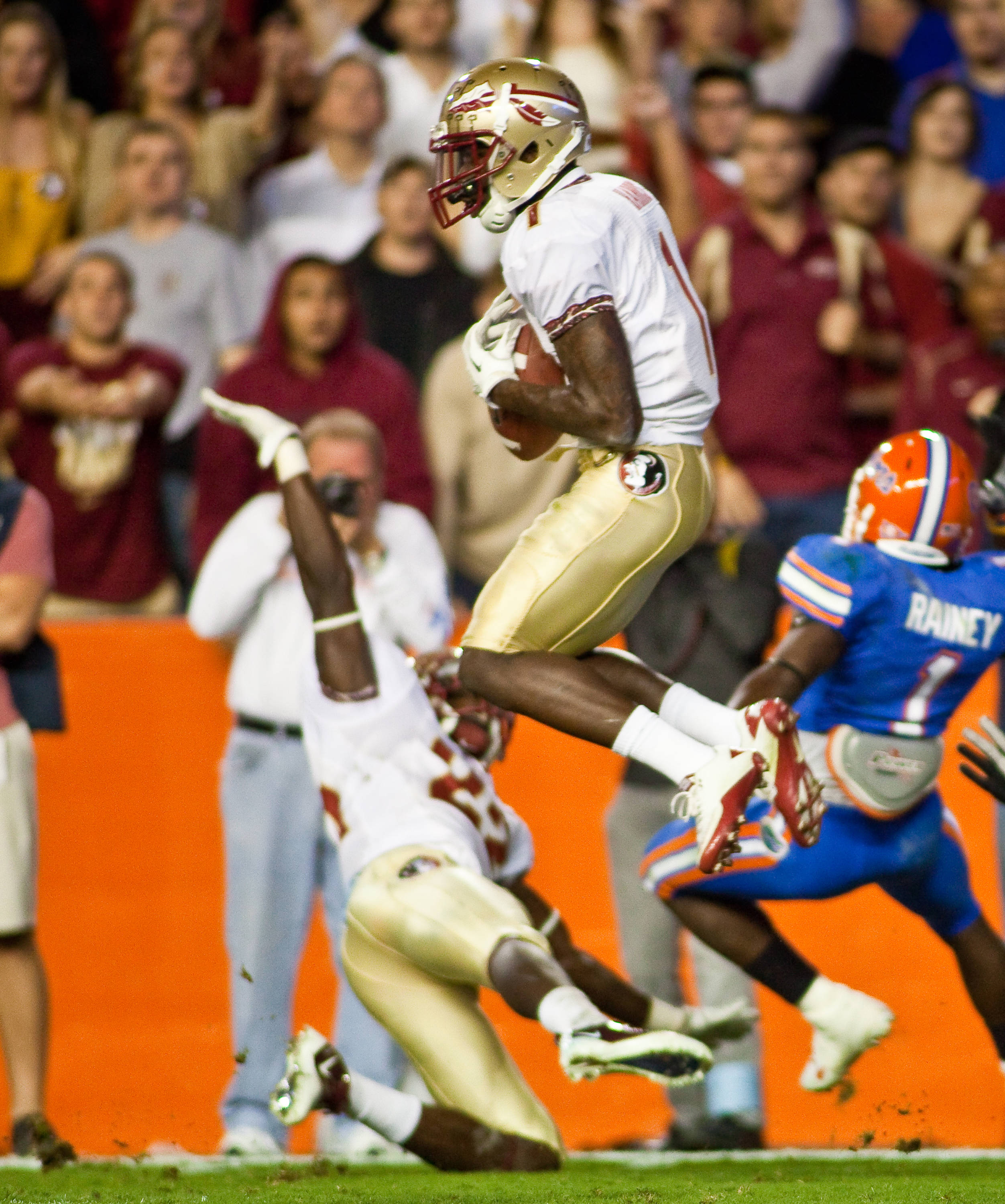 Mike Harris (1) intercepts a John Brantley pass in the Swamp.  The Noles picked off 4 passes that night in Gainesville.
