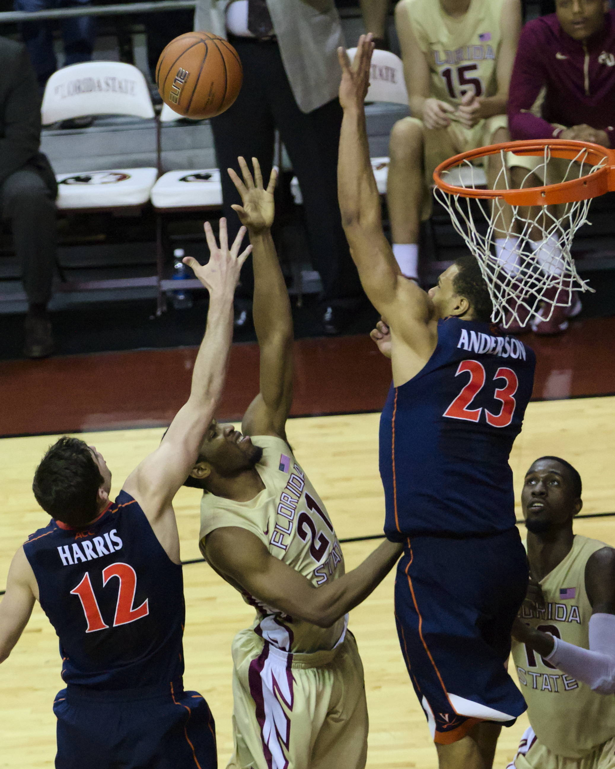 Michael Snaer (21) with his game winning shot, FSU vs Virginia, 03/07/13. (Photo by Steve Musco)