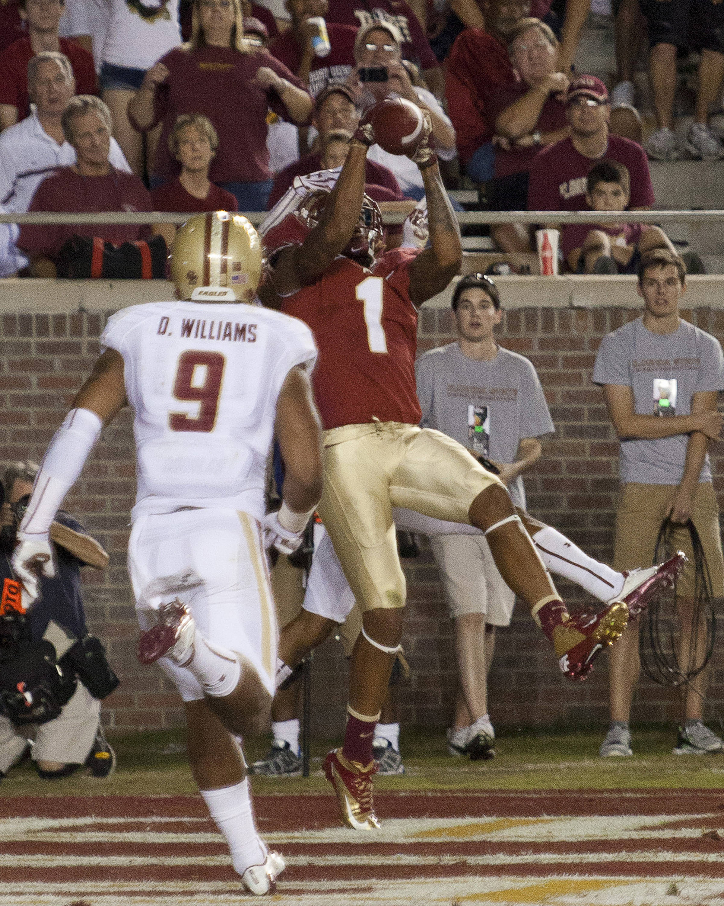 Kelvin Benjamin (1) makes a catch in the end zone during the FSU vs Boston College football game on October 13, 2012 in Tallahassee, Fla.
