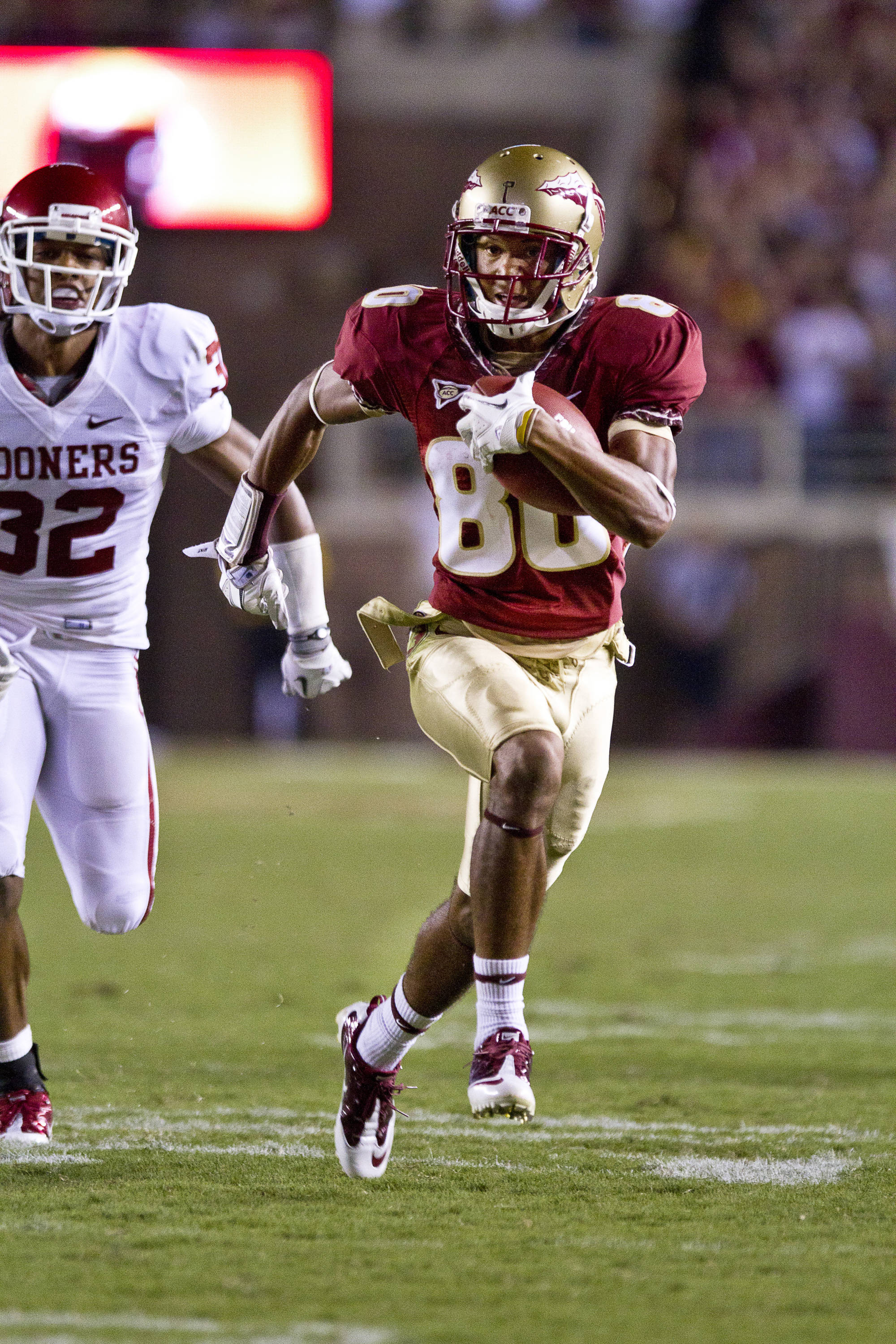 Rashad Greene (80) runs the ball in for FSU's only touchdown in the game against Oklahoma on September 17, 2011.