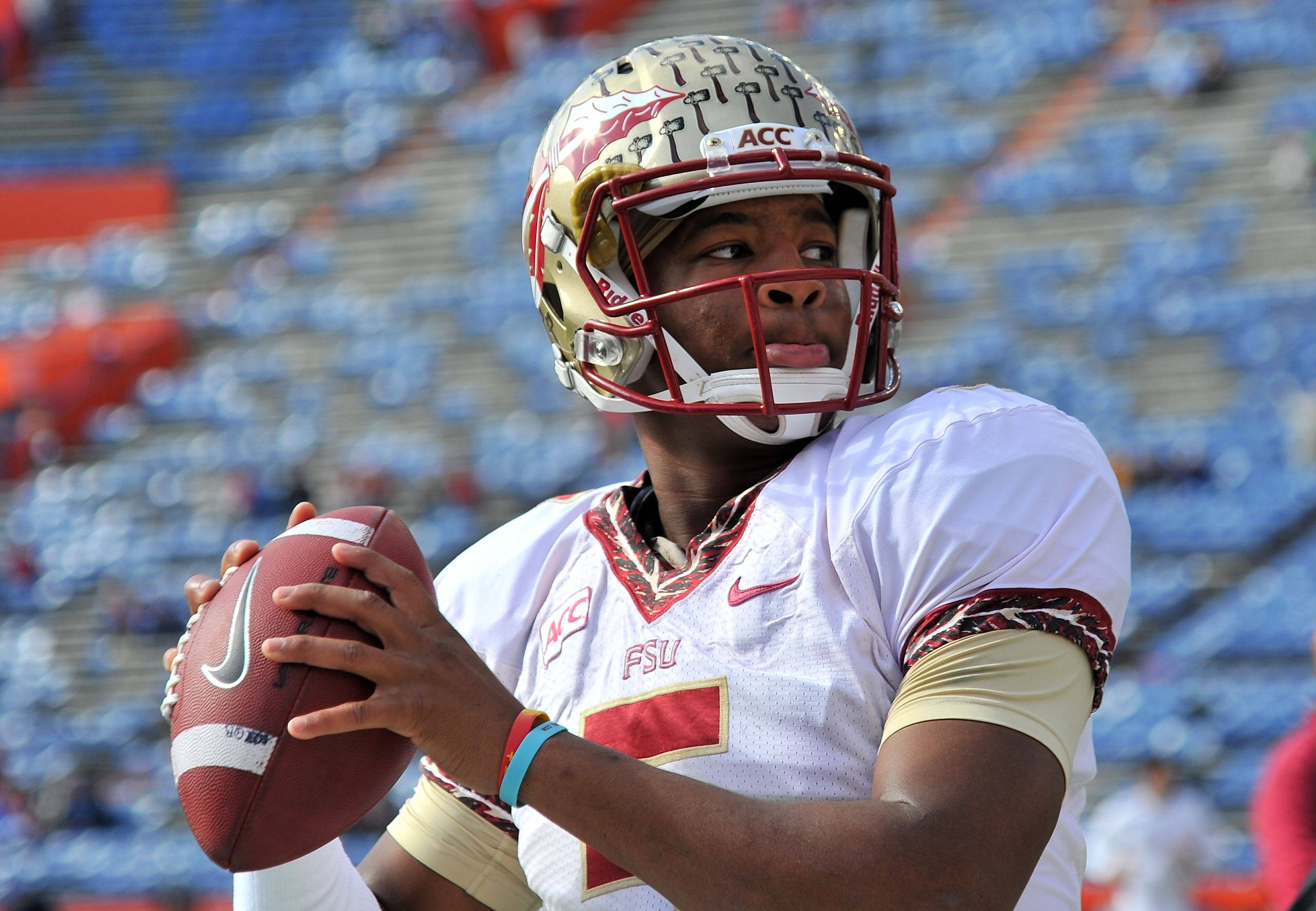Jameis Winston (5) warms up before a game. Mandatory Credit: Steve Mitchell-USA TODAY Sports
