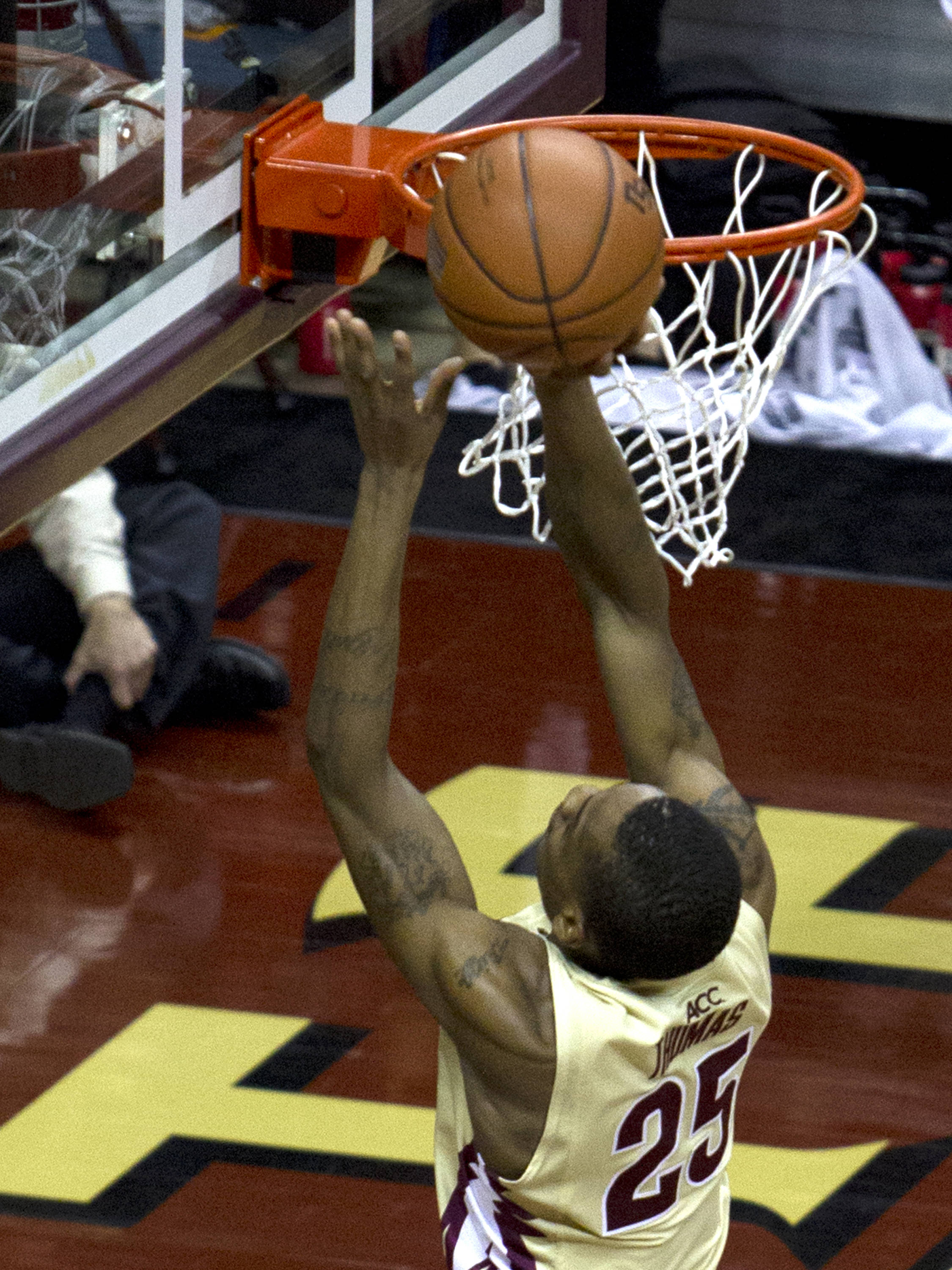 Aaron Thomas (25), FSU vs BC, 02/16/13. (Photo by Steve Musco)